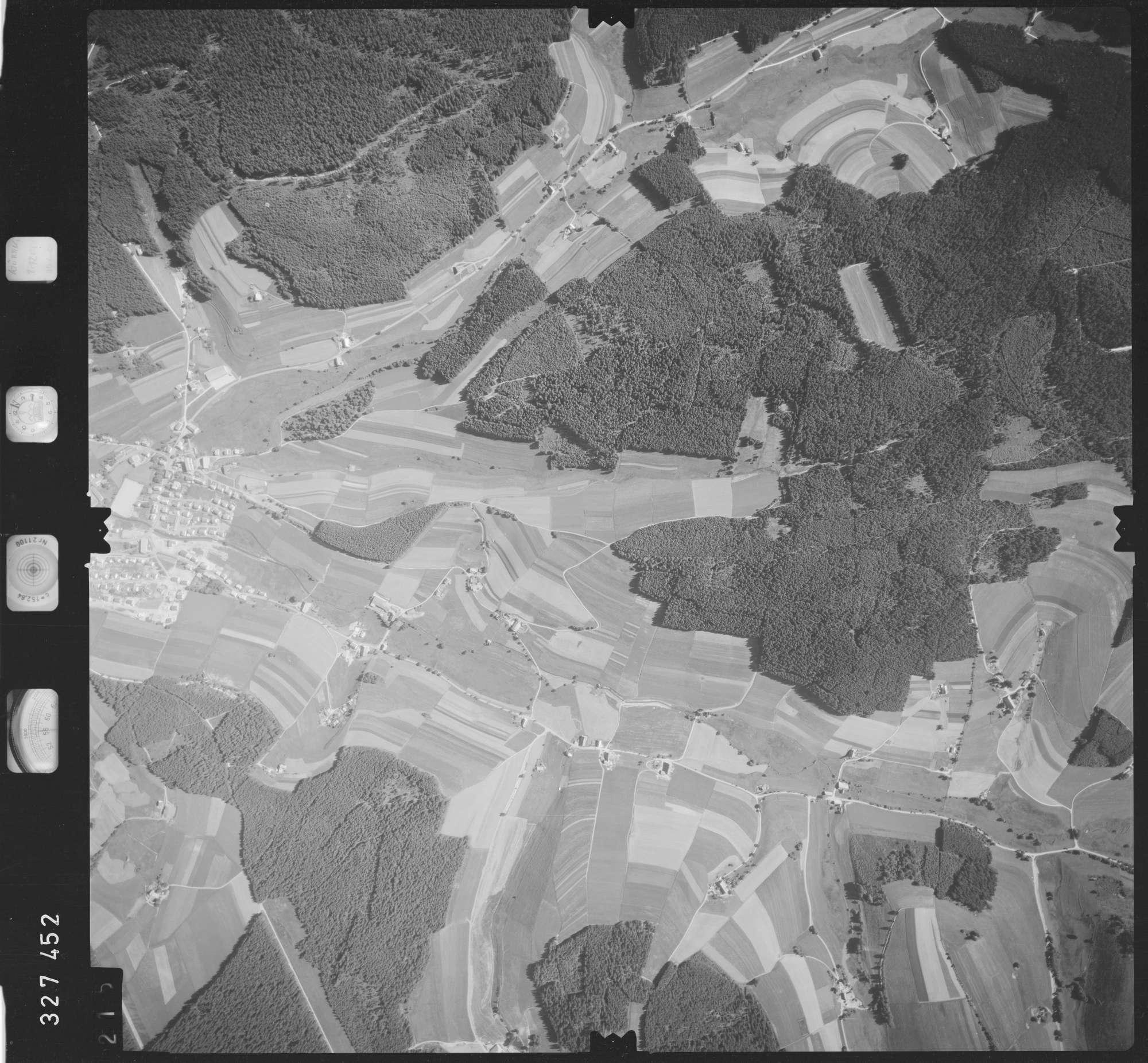 Luftbild: Film 48 Bildnr. 215, Bild 1