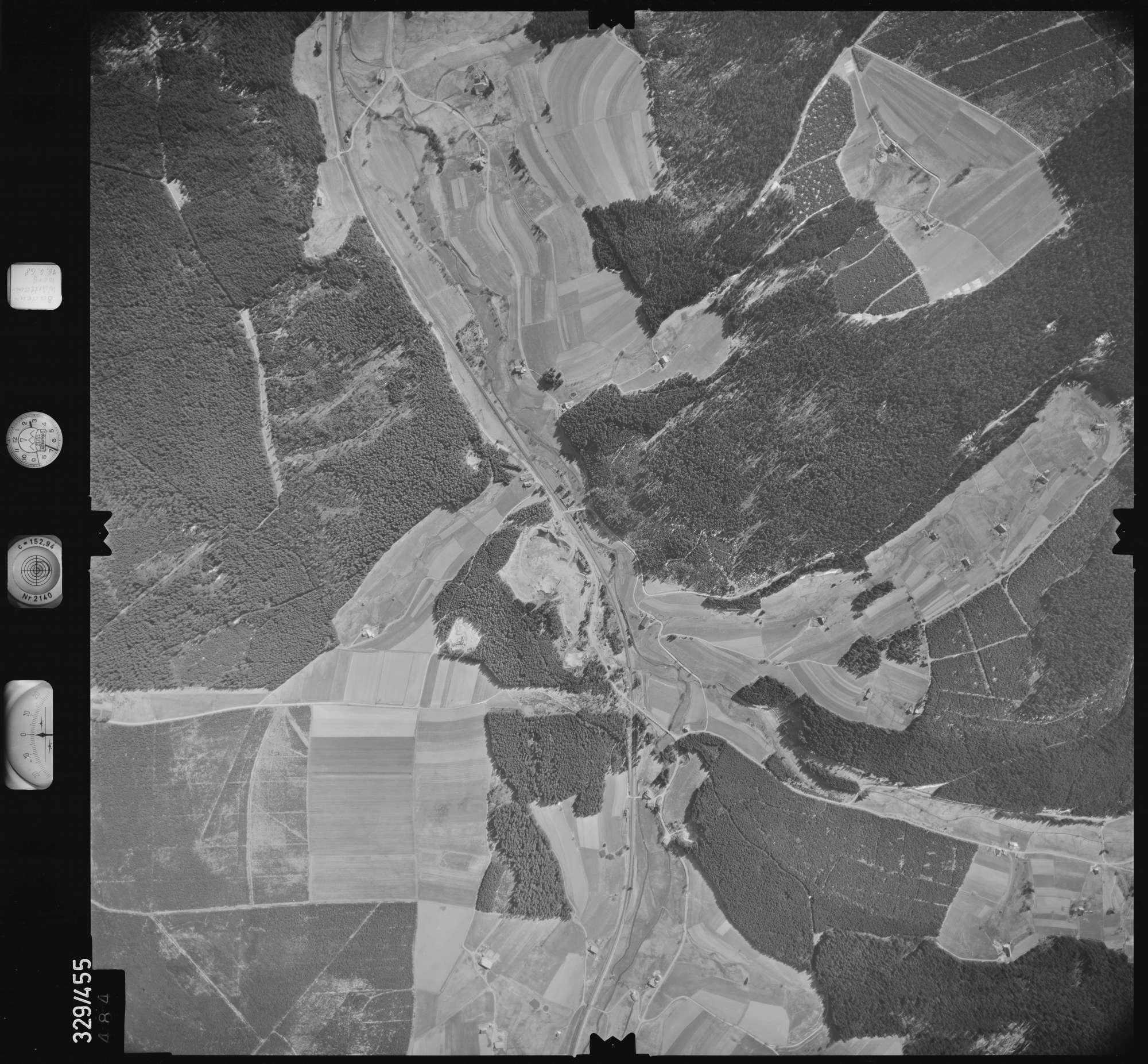 Luftbild: Film 89 Bildnr. 484, Bild 1