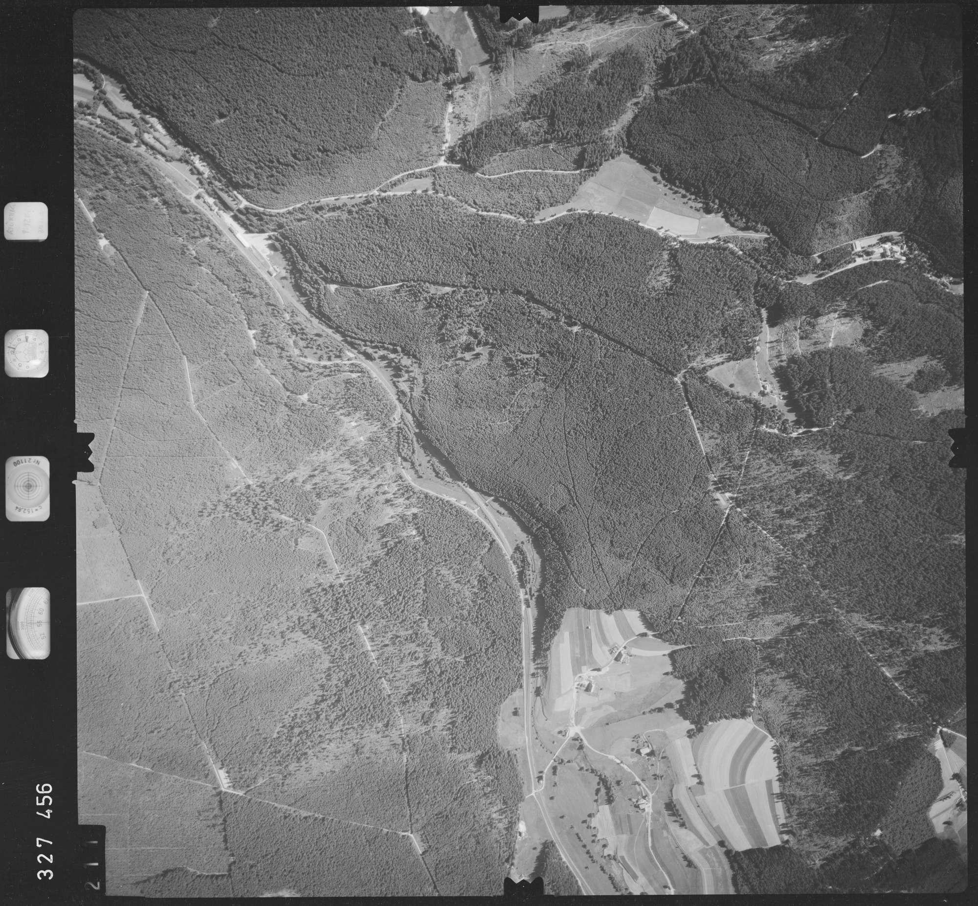 Luftbild: Film 48 Bildnr. 211, Bild 1