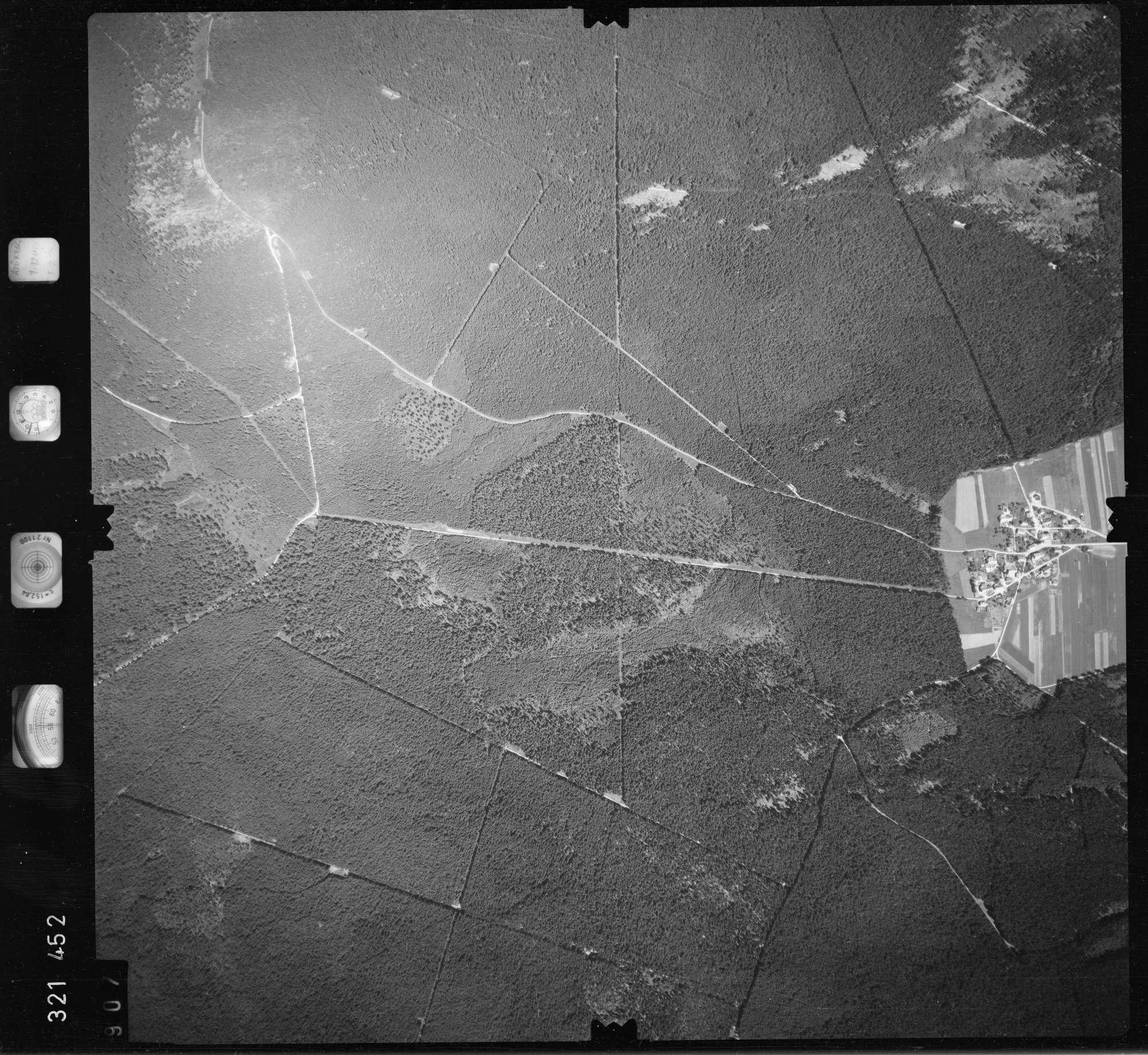 Luftbild: Film 55 Bildnr. 907, Bild 1