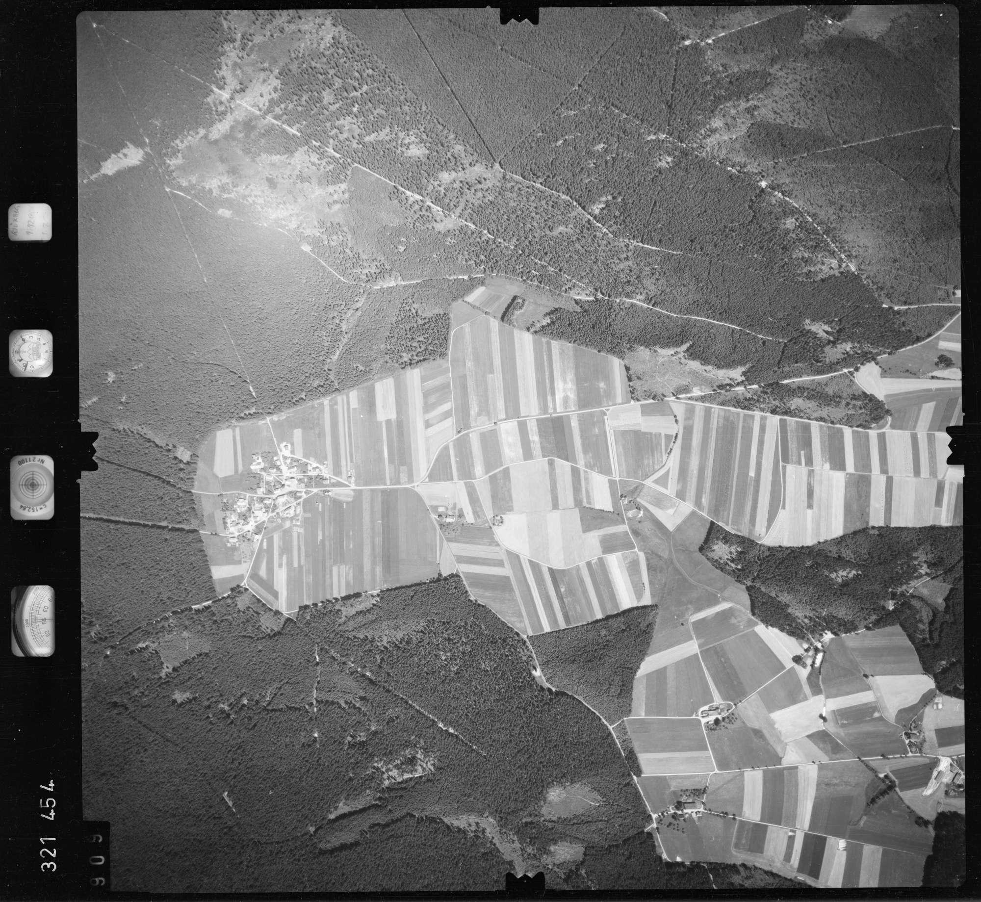 Luftbild: Film 55 Bildnr. 909, Bild 1