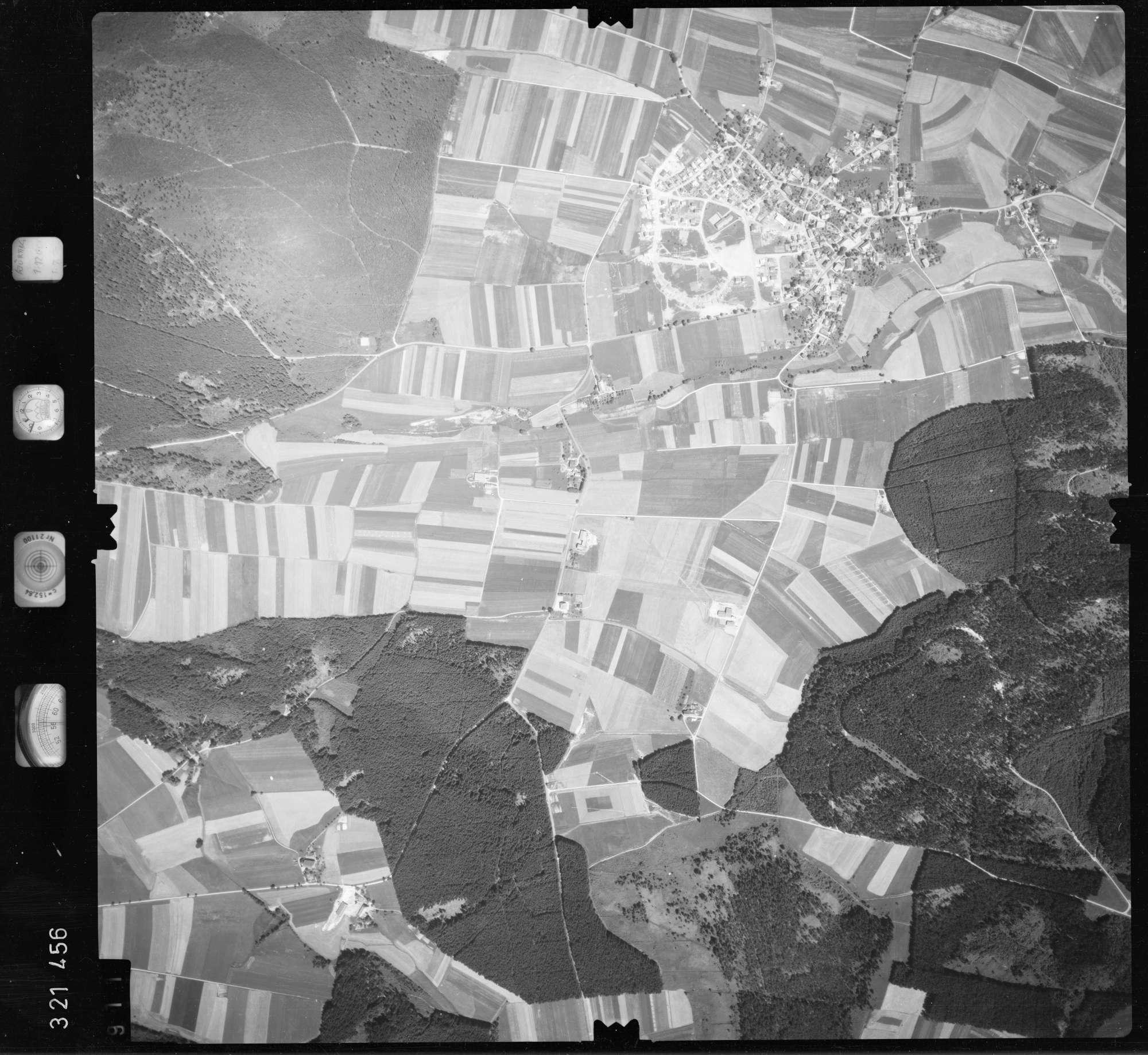 Luftbild: Film 55 Bildnr. 911, Bild 1
