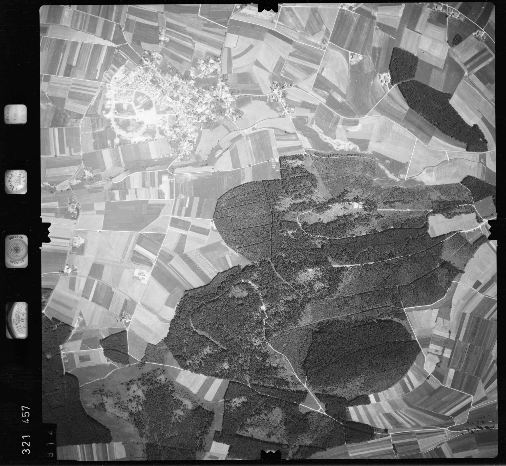 Luftbild: Film 55 Bildnr. 912, Bild 1