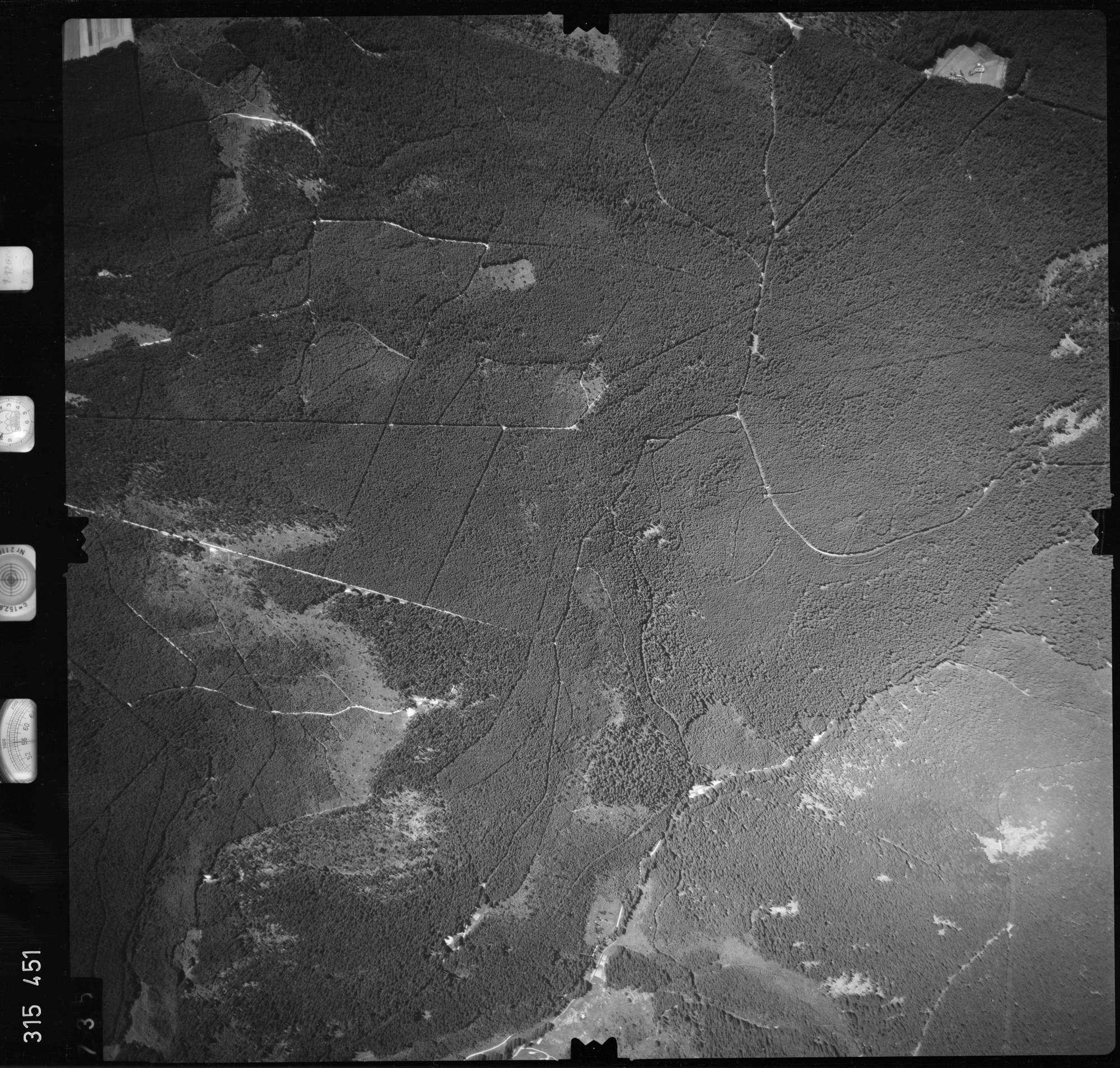 Luftbild: Film 56 Bildnr. 735, Bild 1