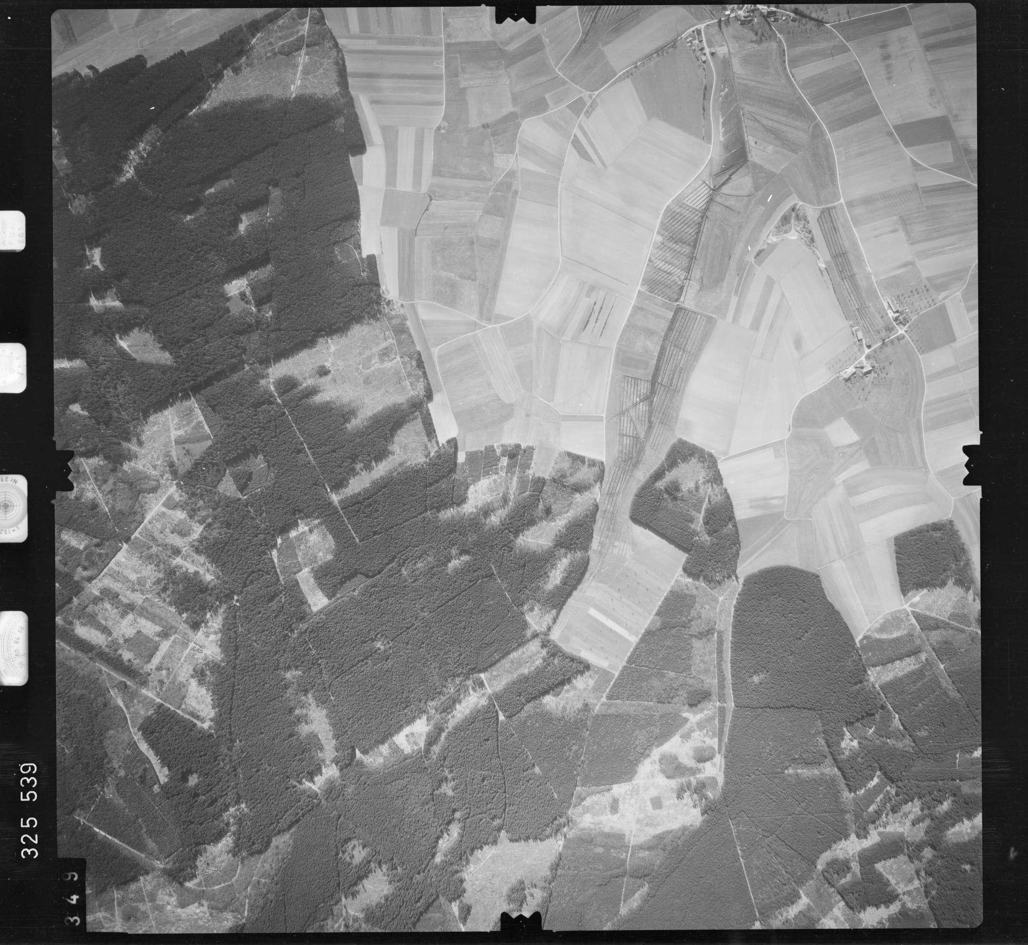 Luftbild: Film 52 Bildnr. 349, Bild 1
