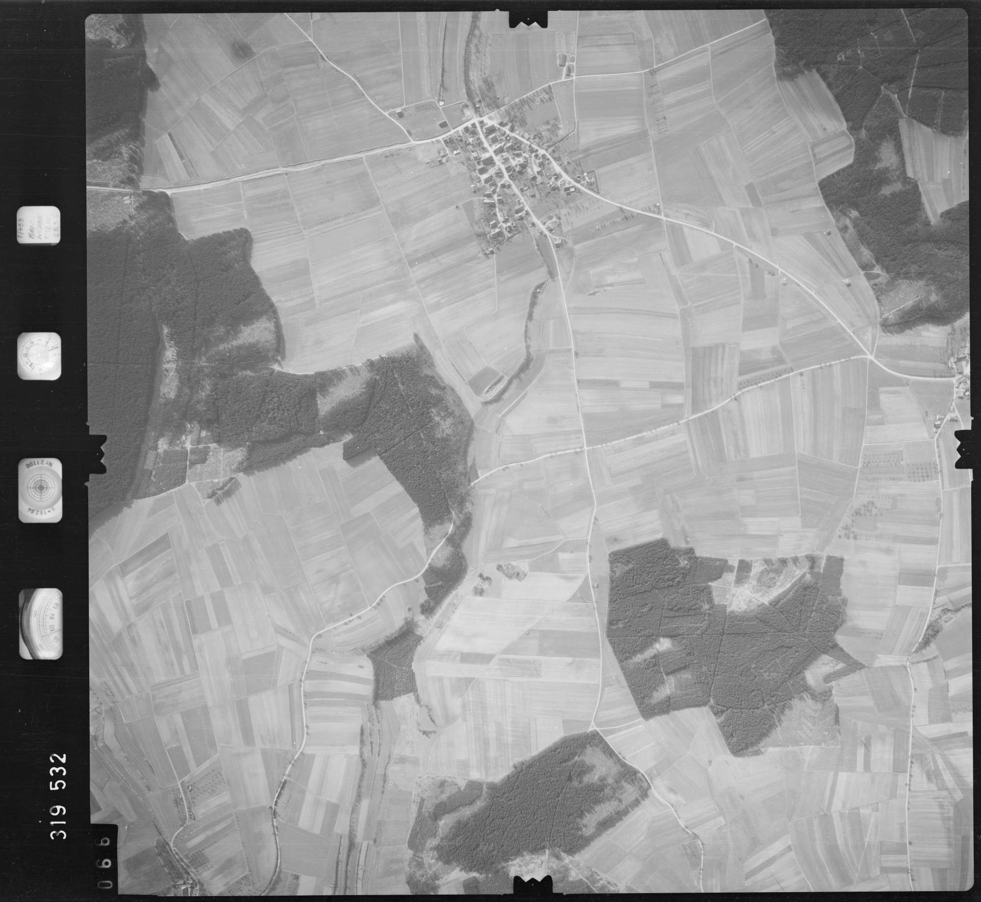 Luftbild: Film 57 Bildnr. 66, Bild 1