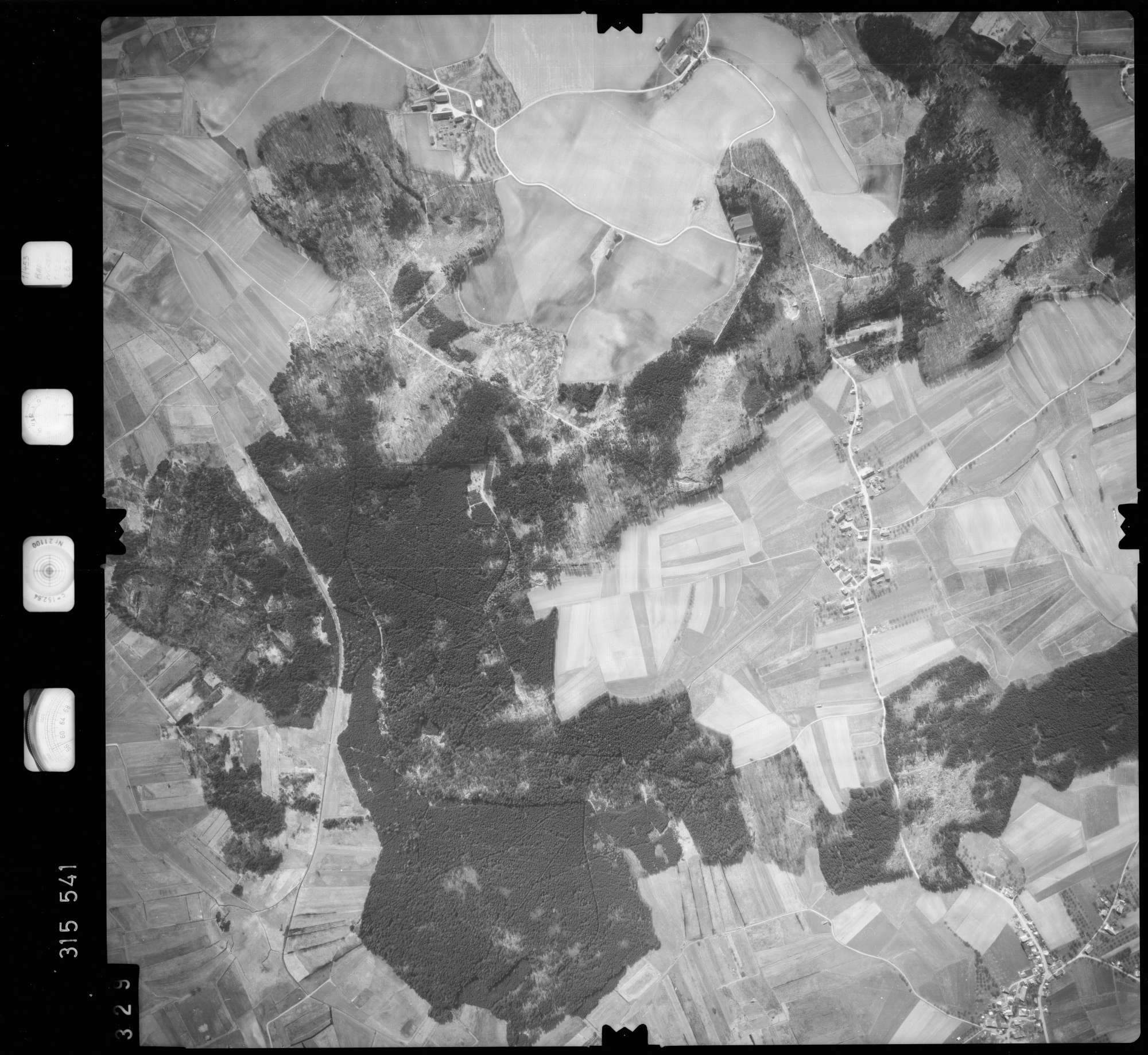 Luftbild: Film 58 Bildnr. 329, Bild 1
