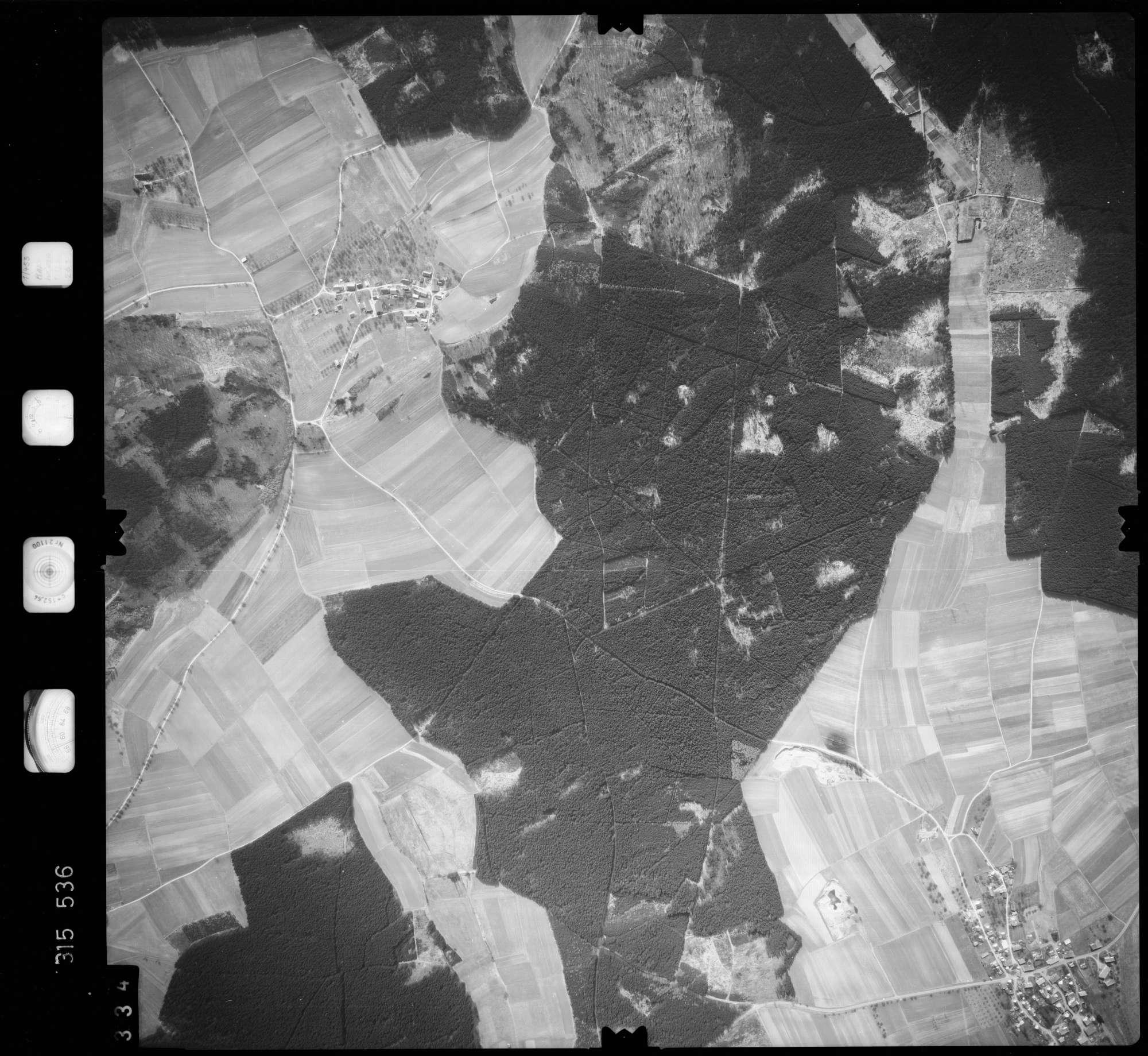 Luftbild: Film 58 Bildnr. 334, Bild 1