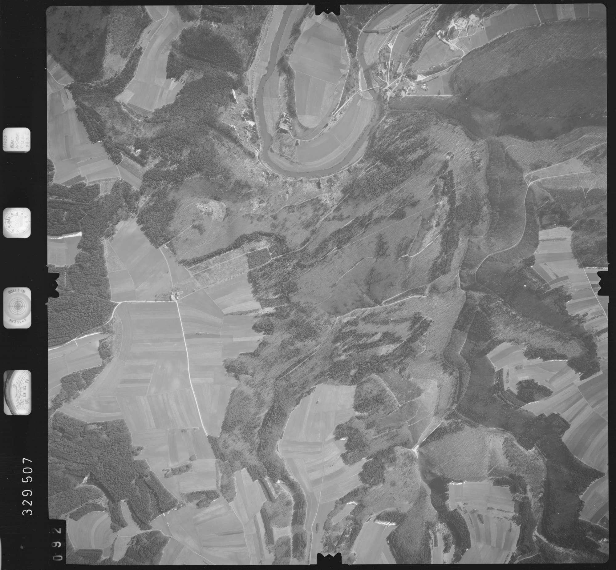 Luftbild: Film 51 Bildnr. 92, Bild 1