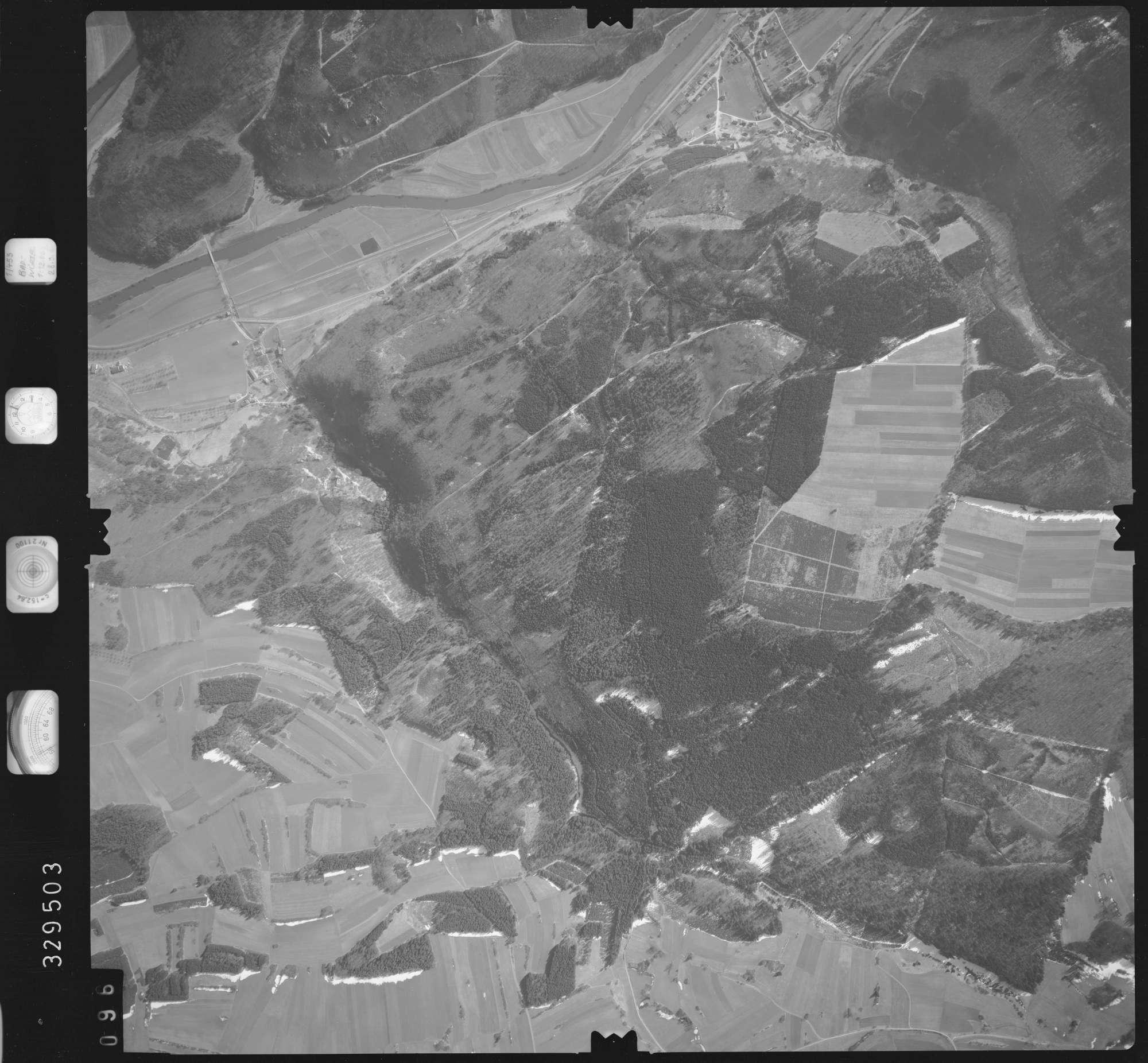 Luftbild: Film 51 Bildnr. 96, Bild 1