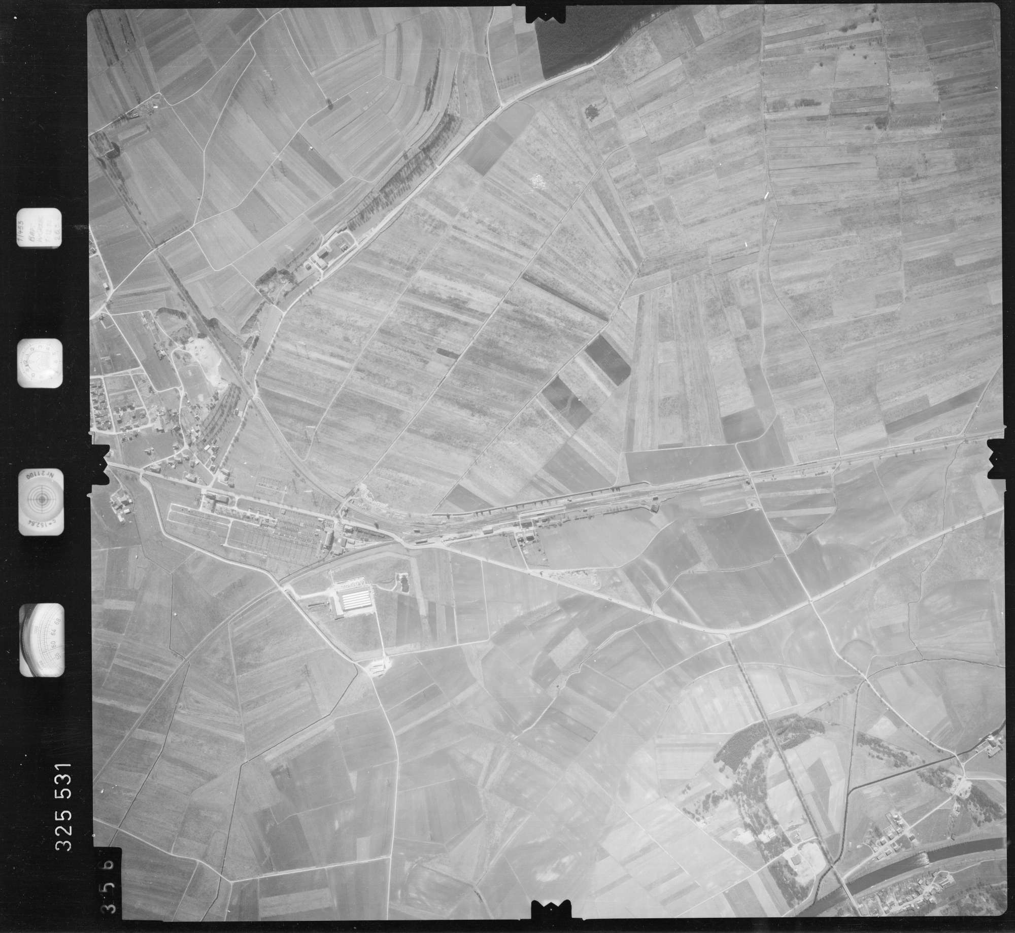 Luftbild: Film 52 Bildnr. 356, Bild 1