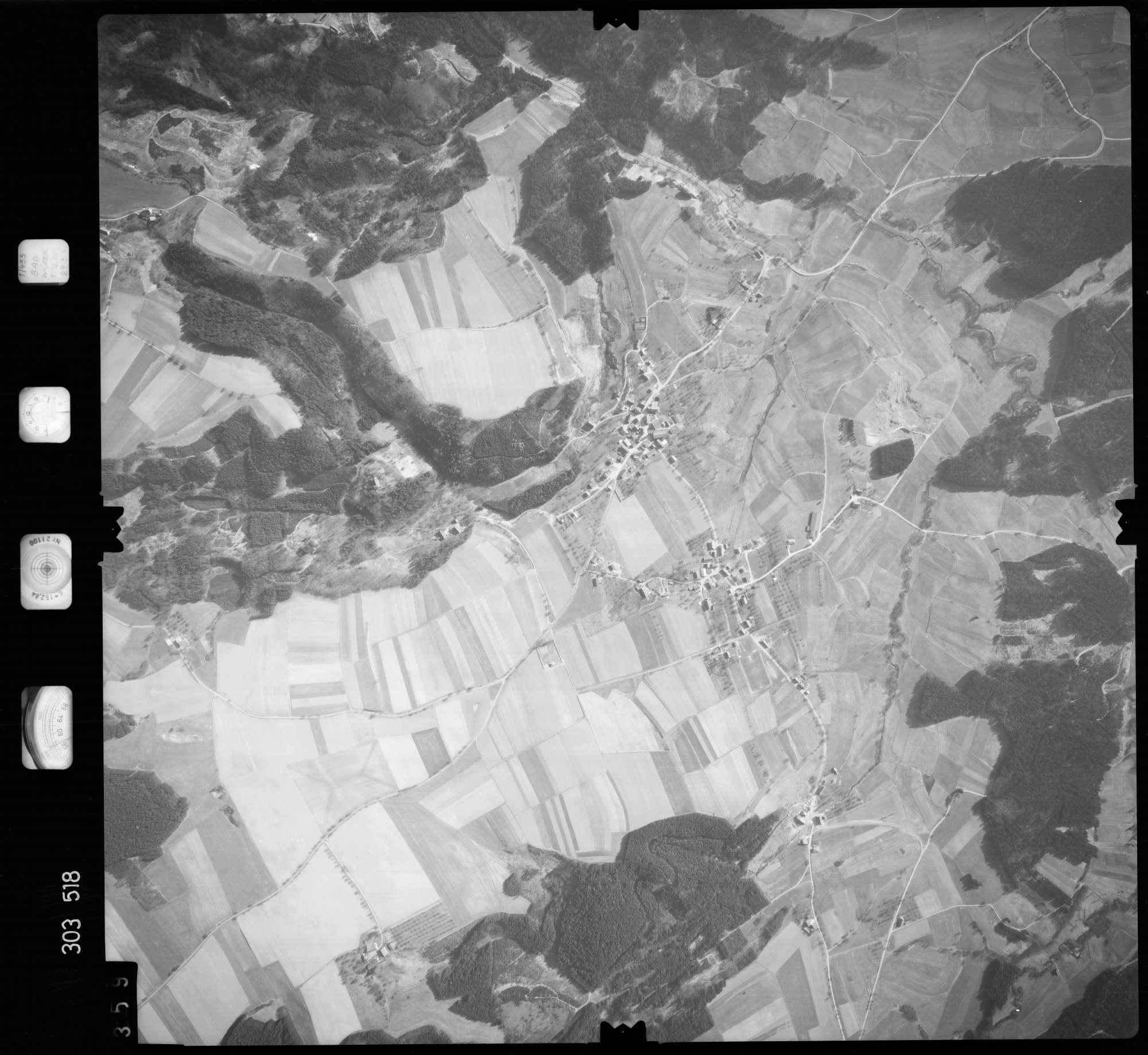 Luftbild: Film 64 Bildnr. 359, Bild 1