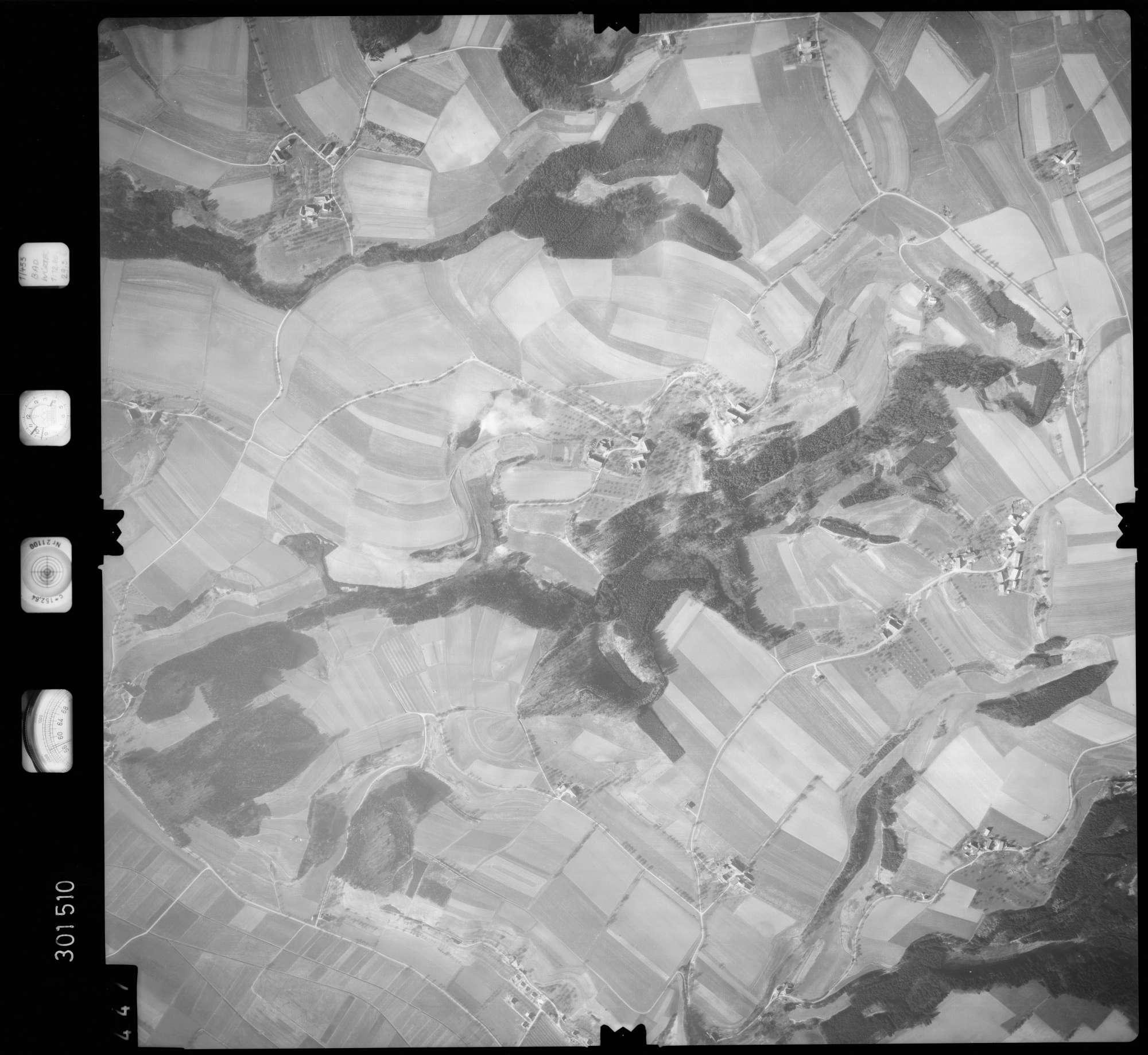 Luftbild: Film 64 Bildnr. 447, Bild 1