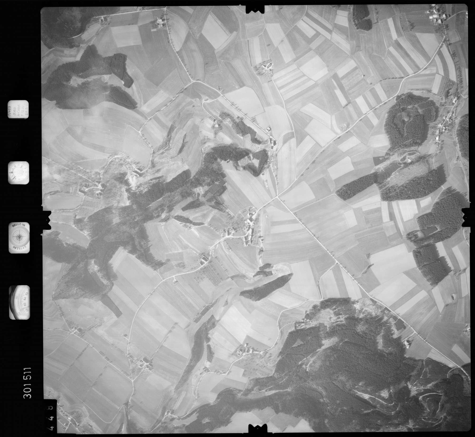 Luftbild: Film 64 Bildnr. 448, Bild 1