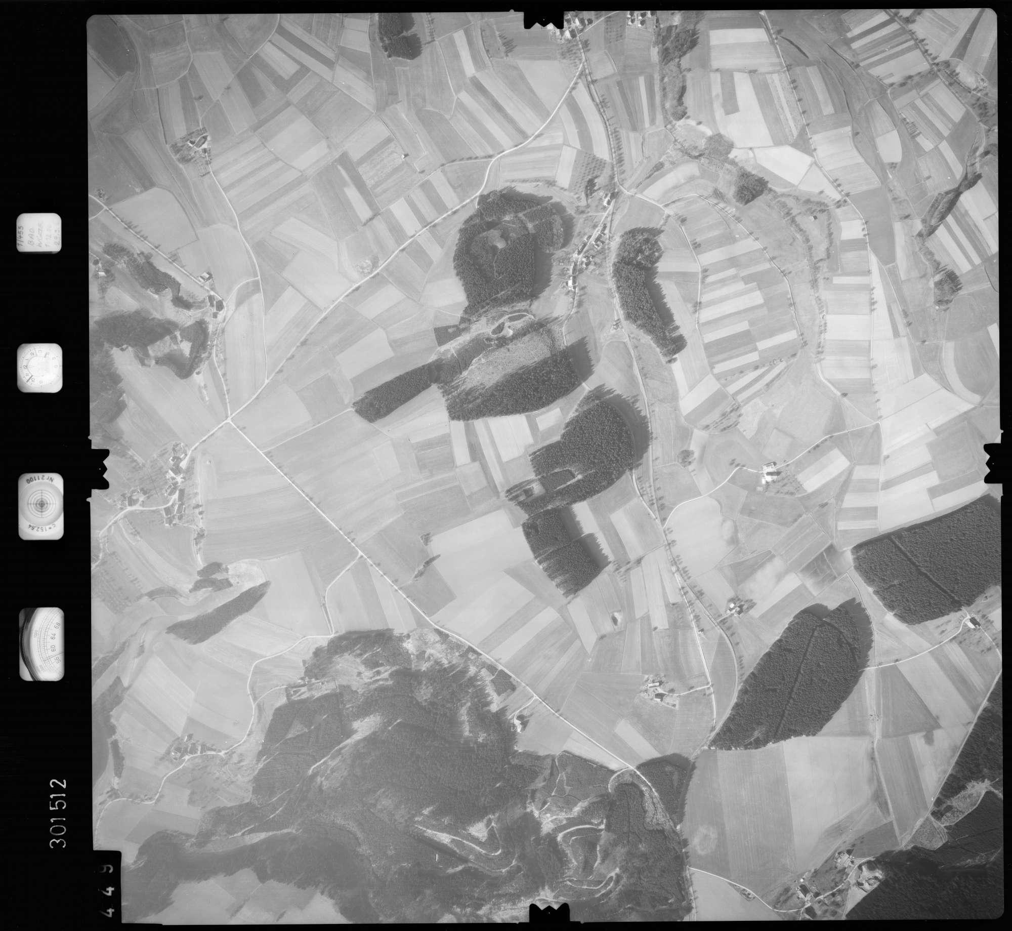 Luftbild: Film 64 Bildnr. 449, Bild 1