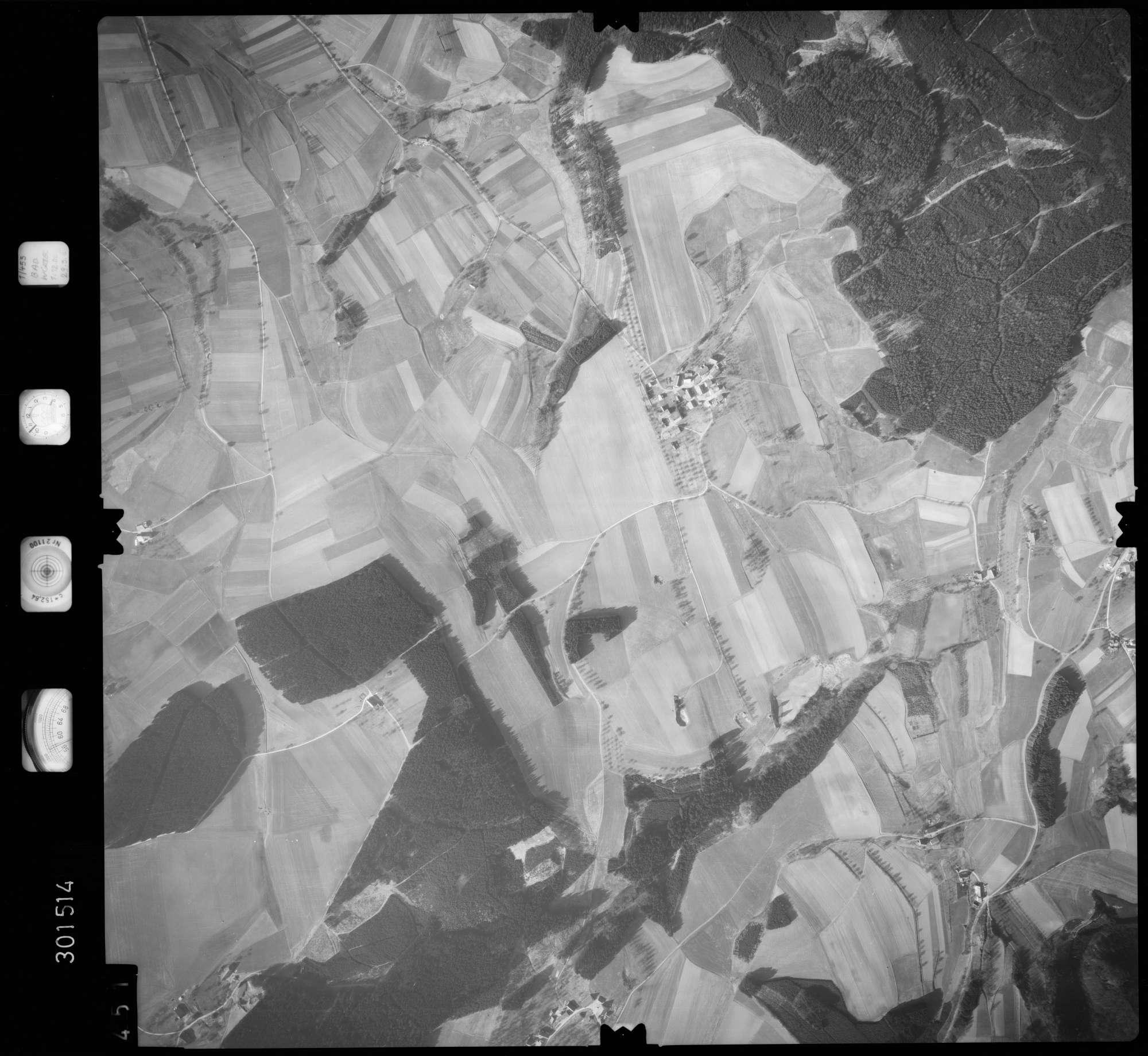 Luftbild: Film 64 Bildnr. 451, Bild 1