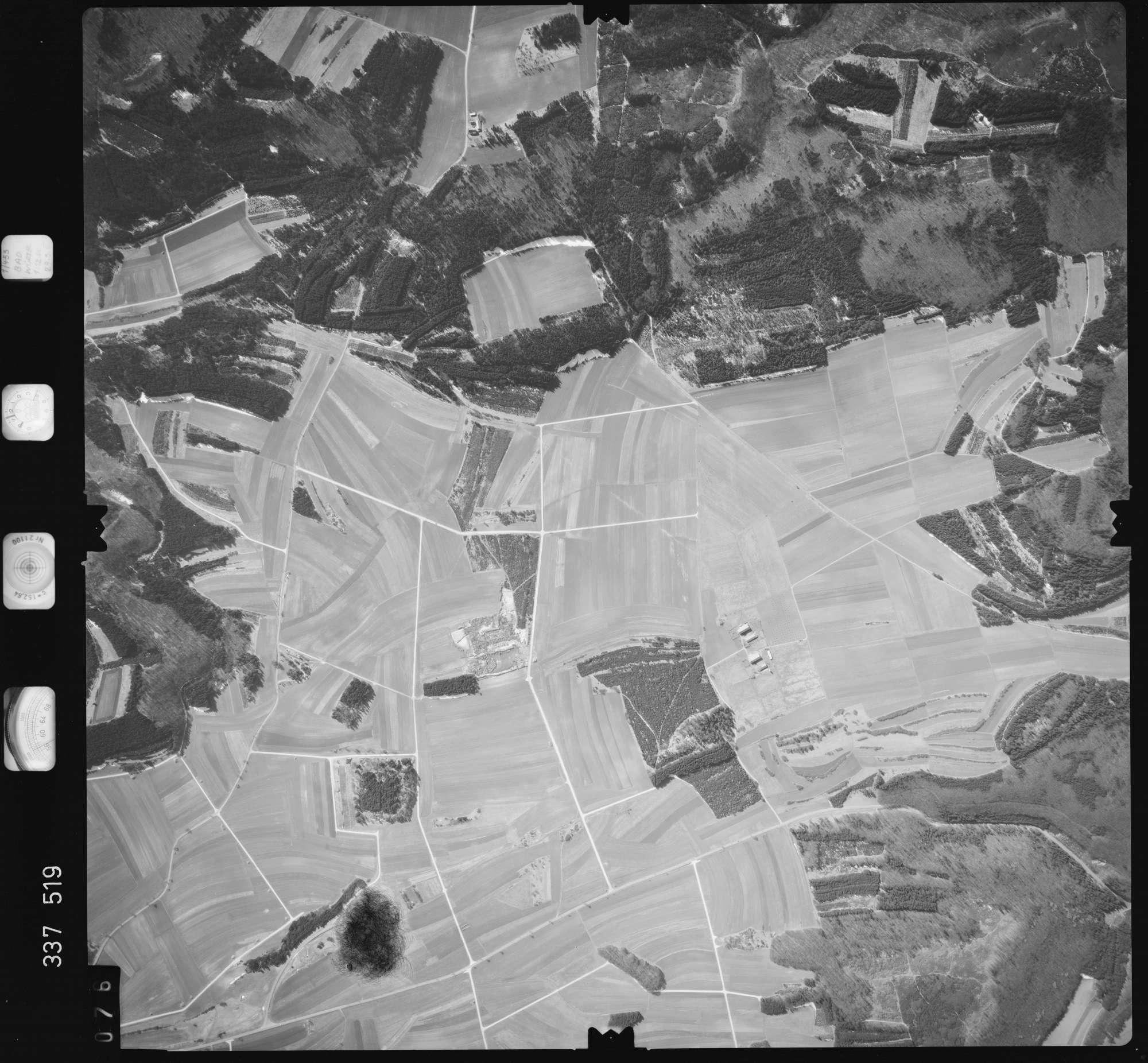 Luftbild: Film 50 Bildnr. 76, Bild 1