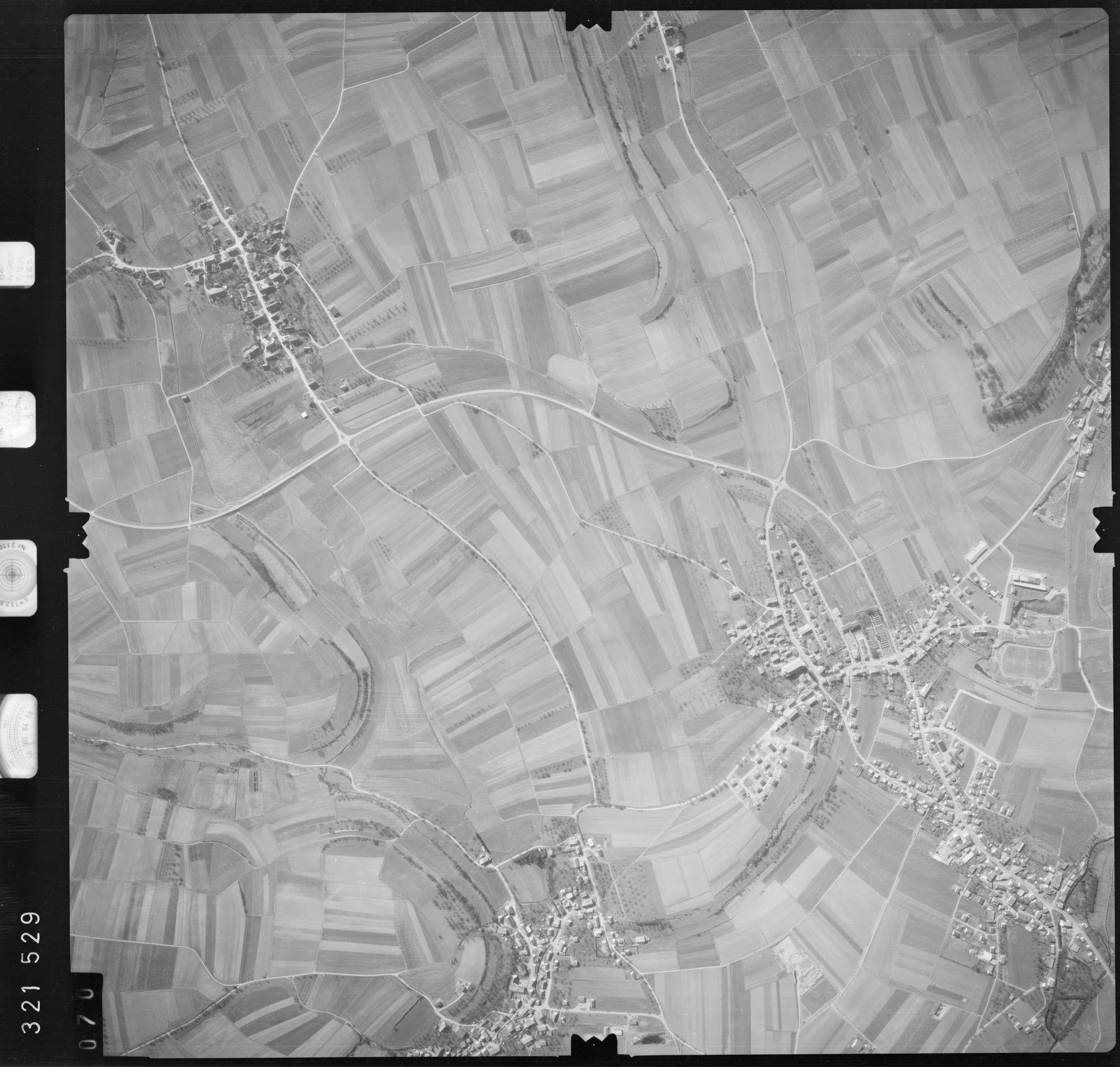 Luftbild: Film 53 Bildnr. 70, Bild 1