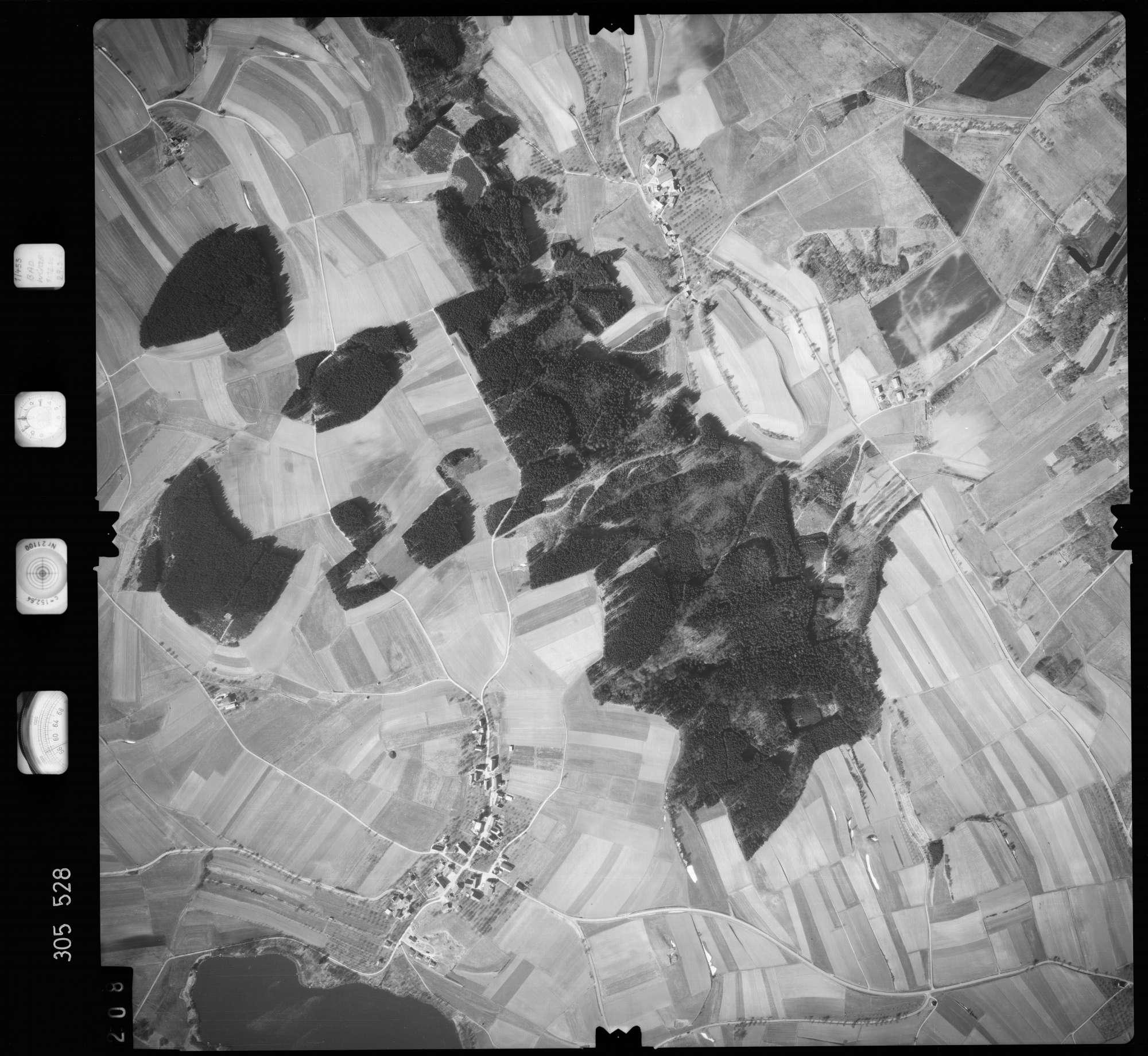 Luftbild: Film 61 Bildnr. 208, Bild 1