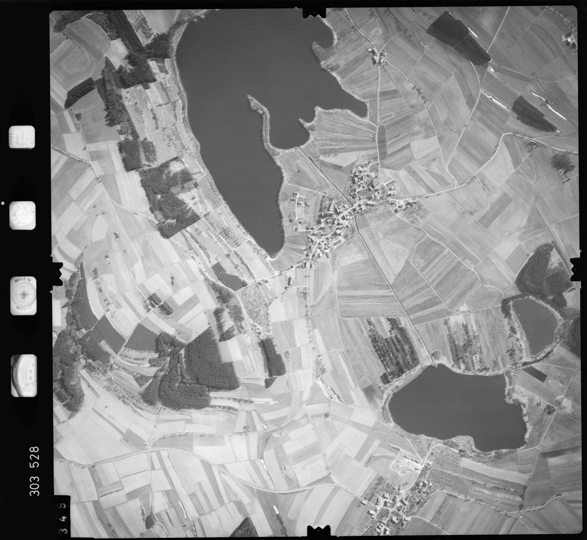 Luftbild: Film 64 Bildnr. 349, Bild 1