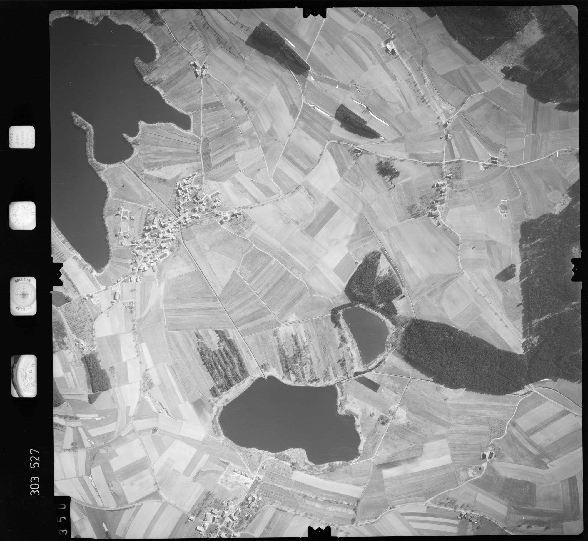 Luftbild: Film 64 Bildnr. 350, Bild 1