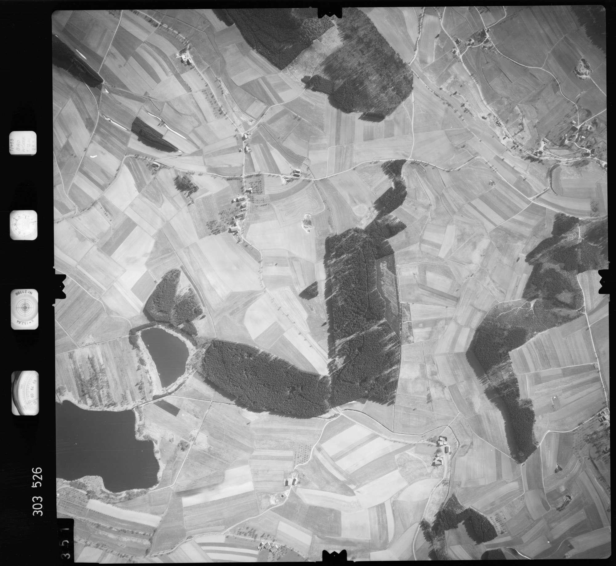 Luftbild: Film 64 Bildnr. 351, Bild 1