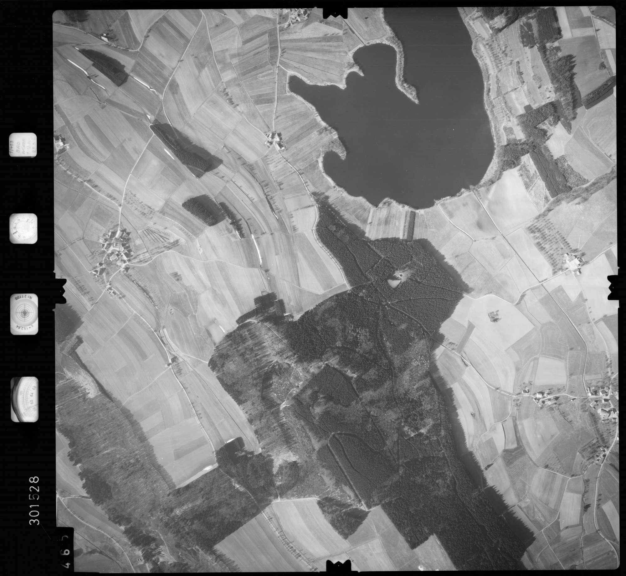Luftbild: Film 64 Bildnr. 465, Bild 1