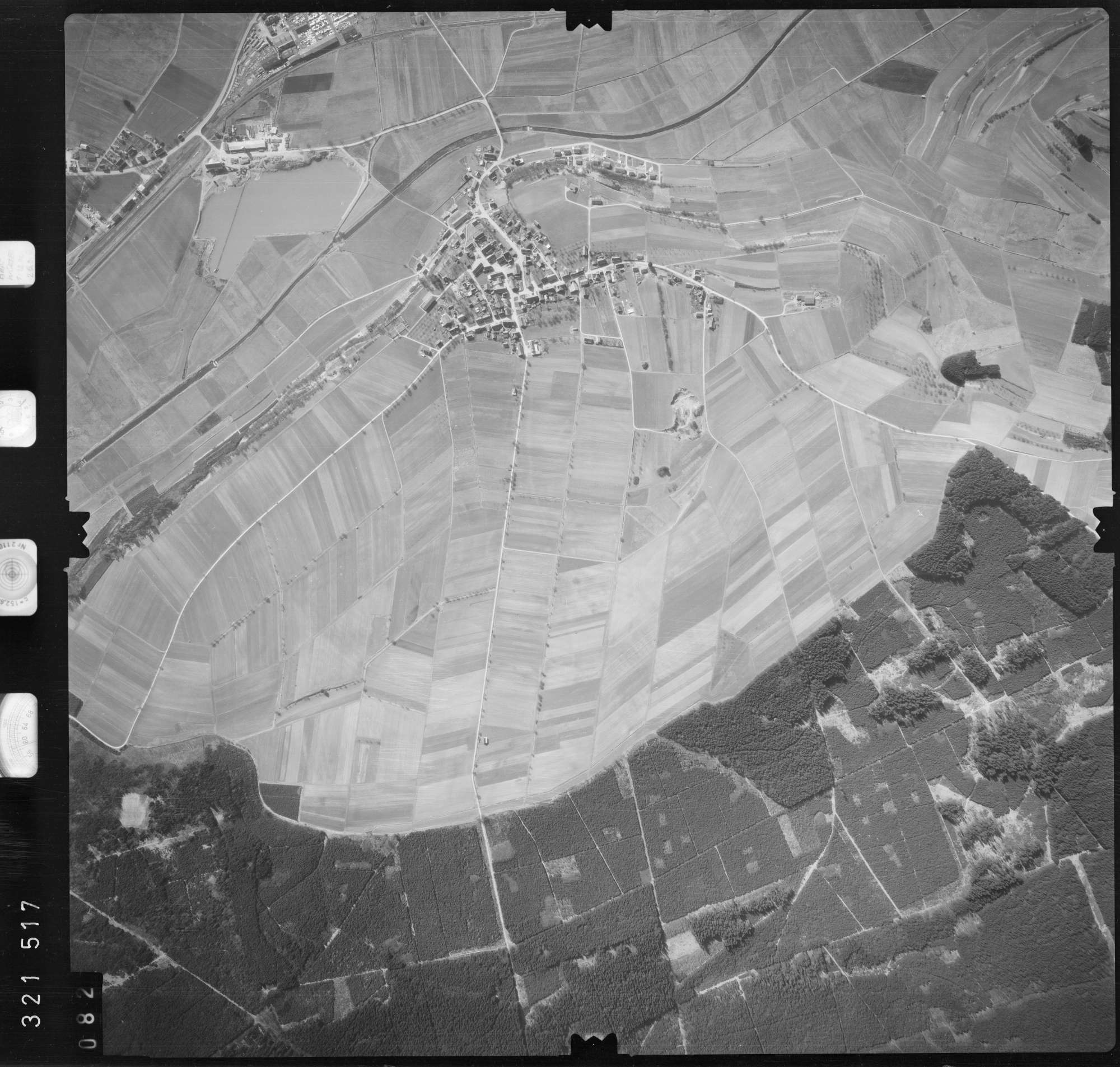 Luftbild: Film 53 Bildnr. 82, Bild 1