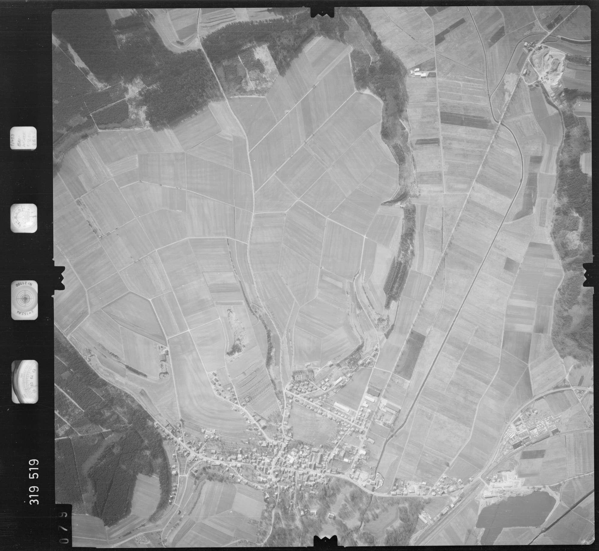 Luftbild: Film 57 Bildnr. 79, Bild 1