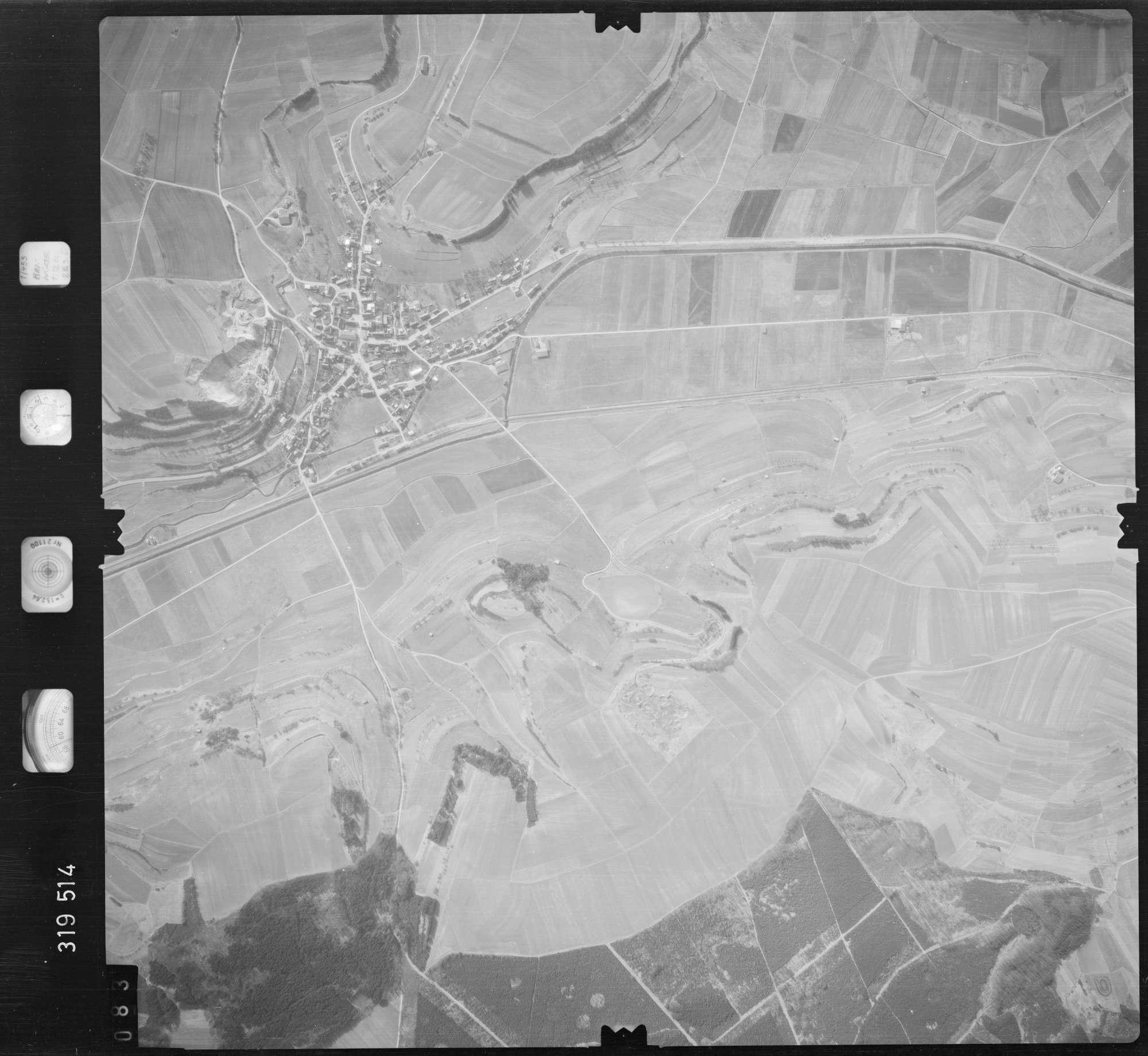 Luftbild: Film 57 Bildnr. 83, Bild 1