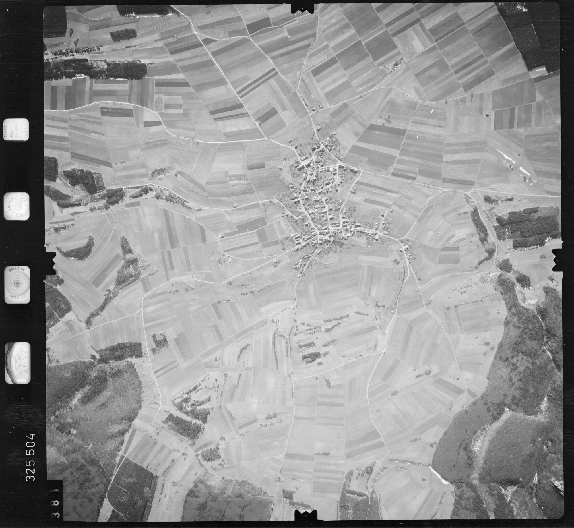 Luftbild: Film 52 Bildnr. 381, Bild 1