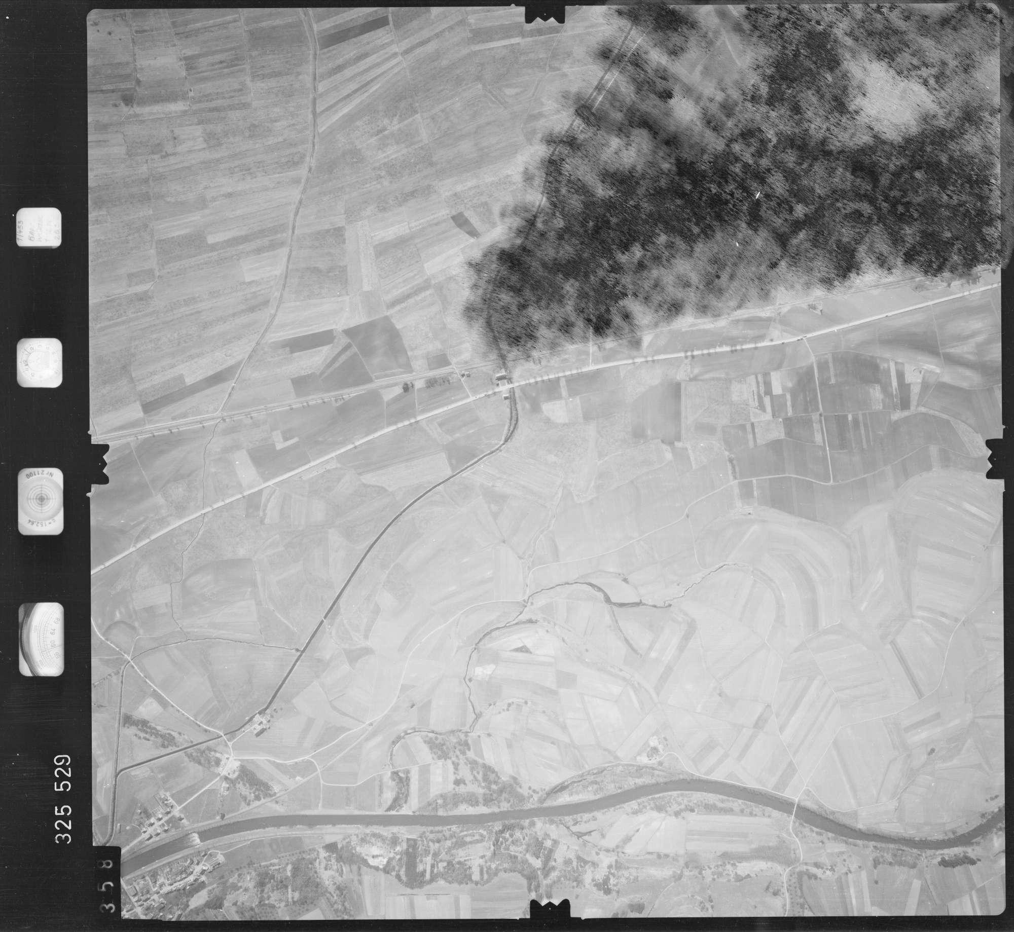 Luftbild: Film 52 Bildnr. 358, Bild 1