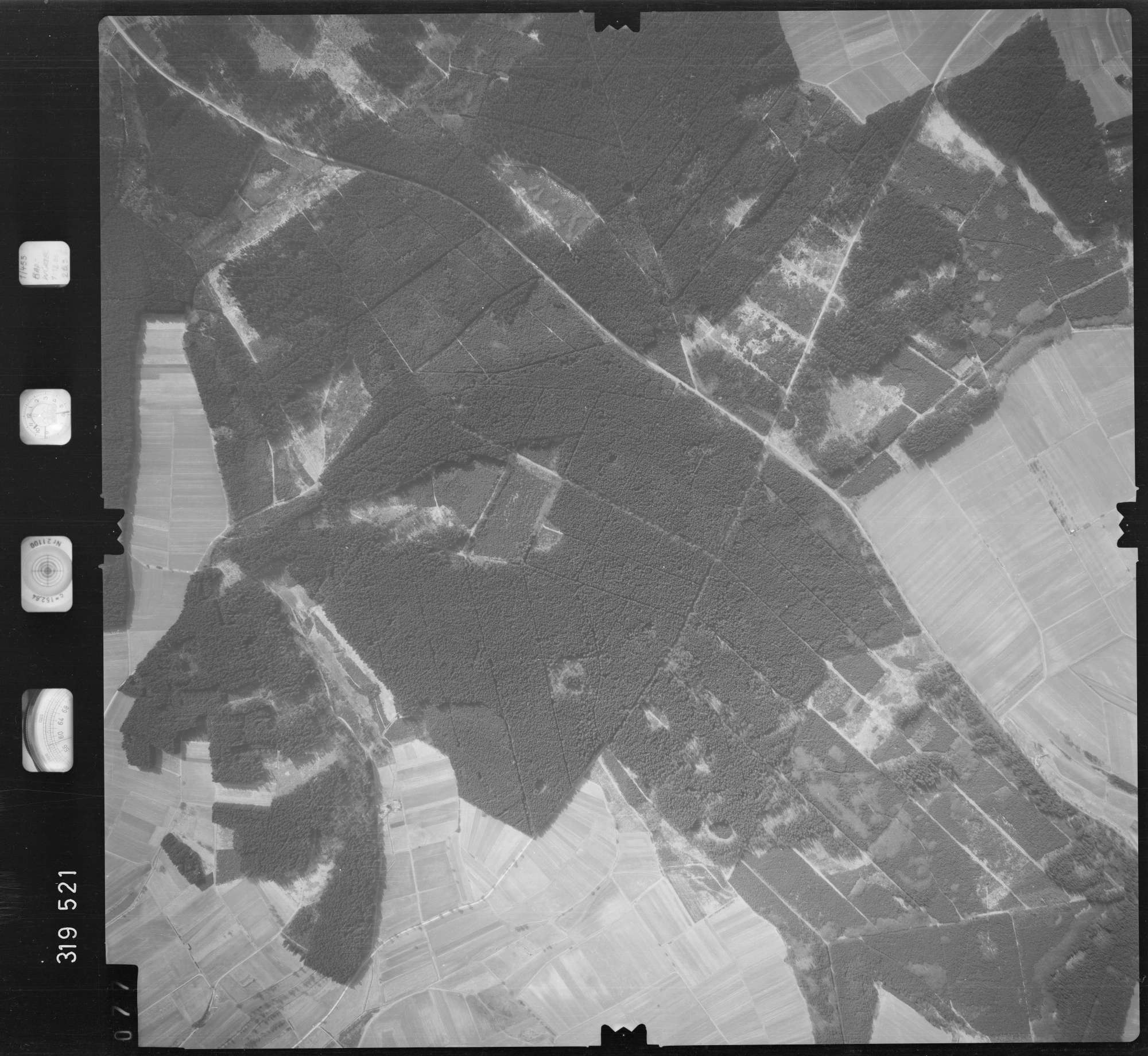 Luftbild: Film 57 Bildnr. 77, Bild 1