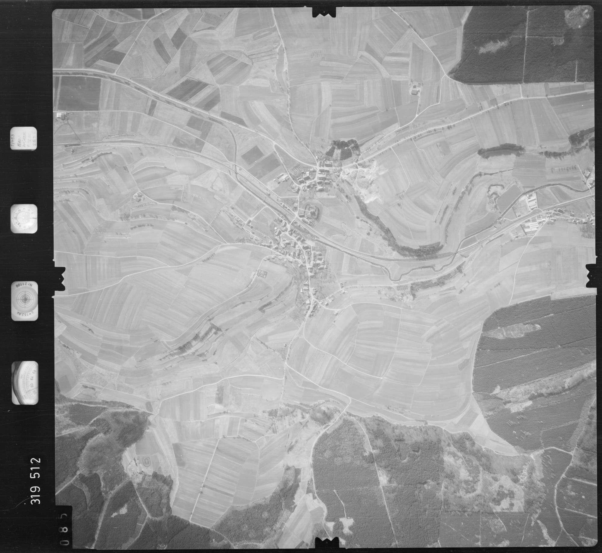 Luftbild: Film 57 Bildnr. 85, Bild 1