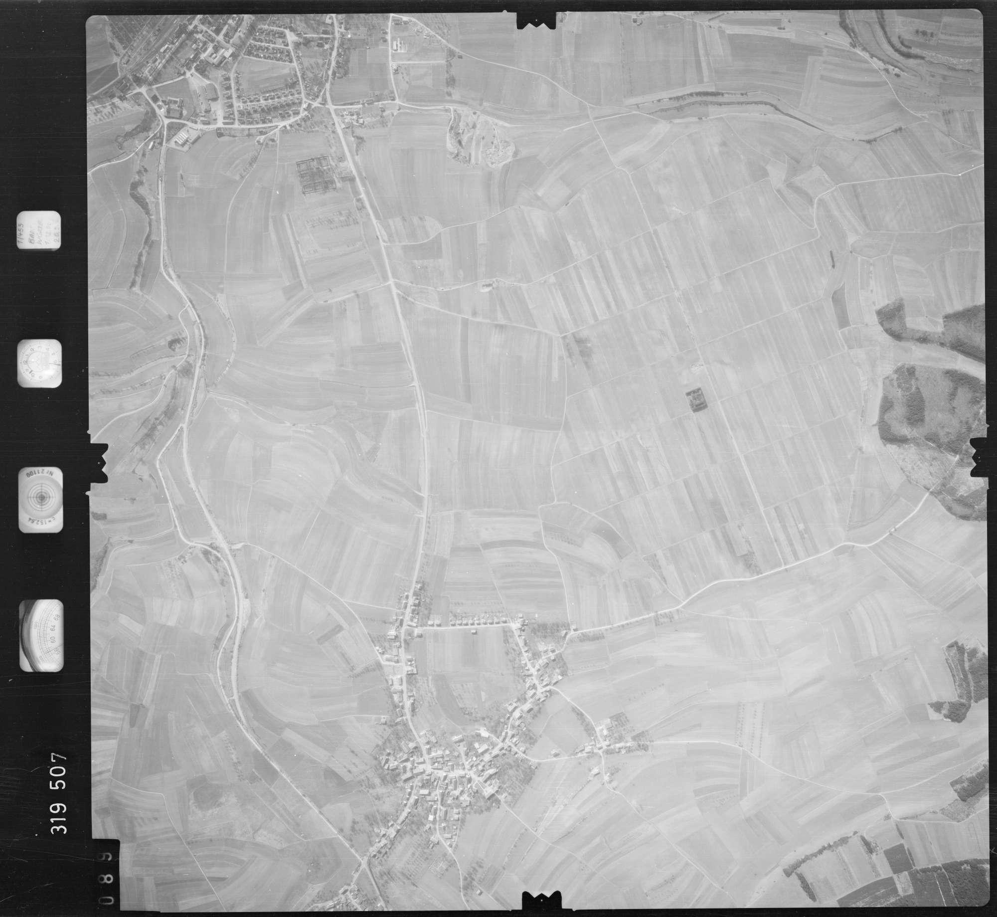 Luftbild: Film 57 Bildnr. 89, Bild 1