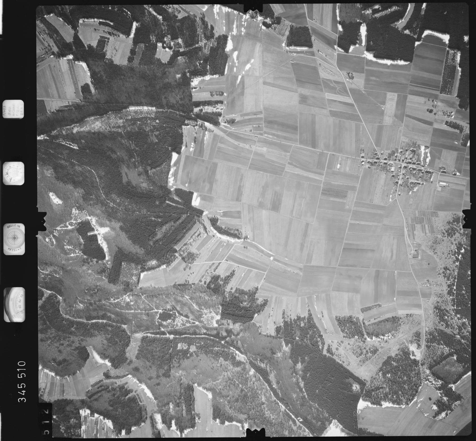 Luftbild: Film 46 Bildnr. 512, Bild 1
