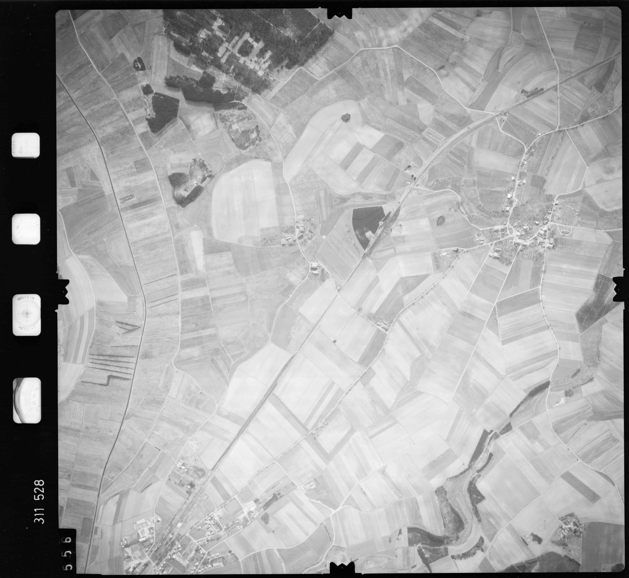Luftbild: Film 58 Bildnr. 556, Bild 1