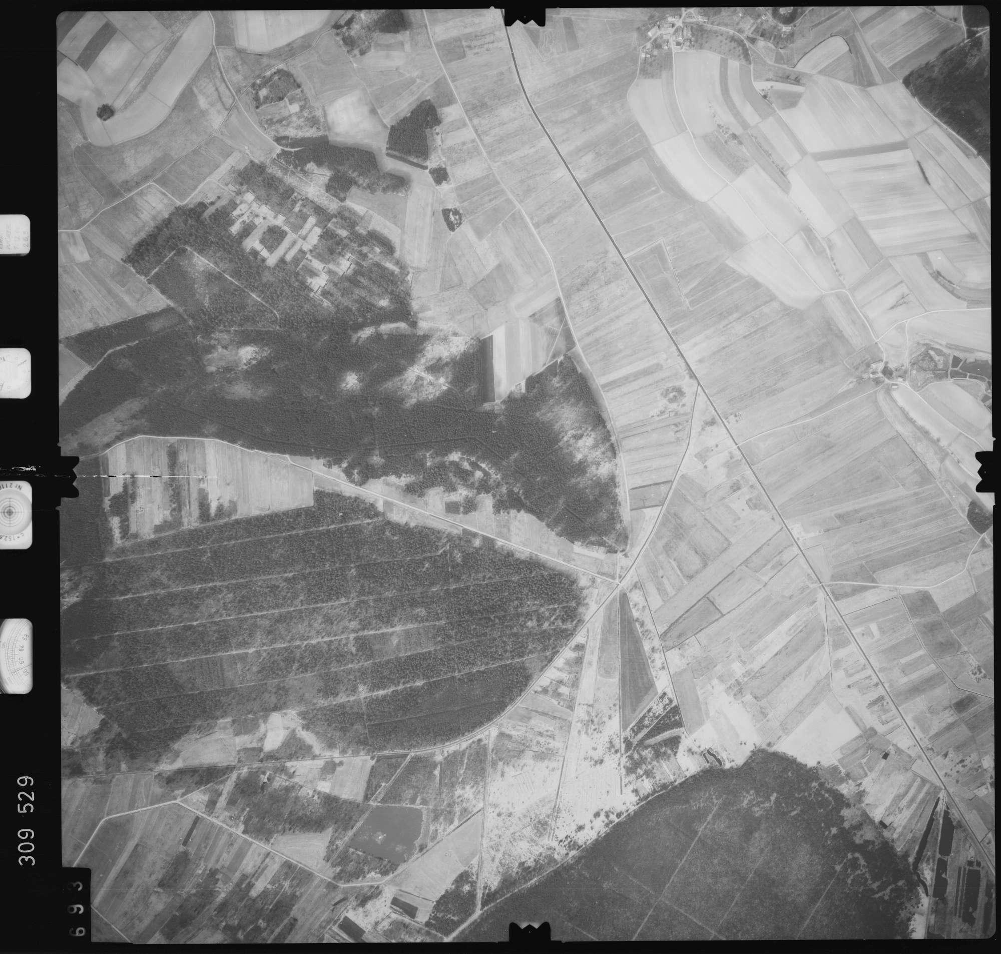 Luftbild: Film 59 Bildnr. 693, Bild 1