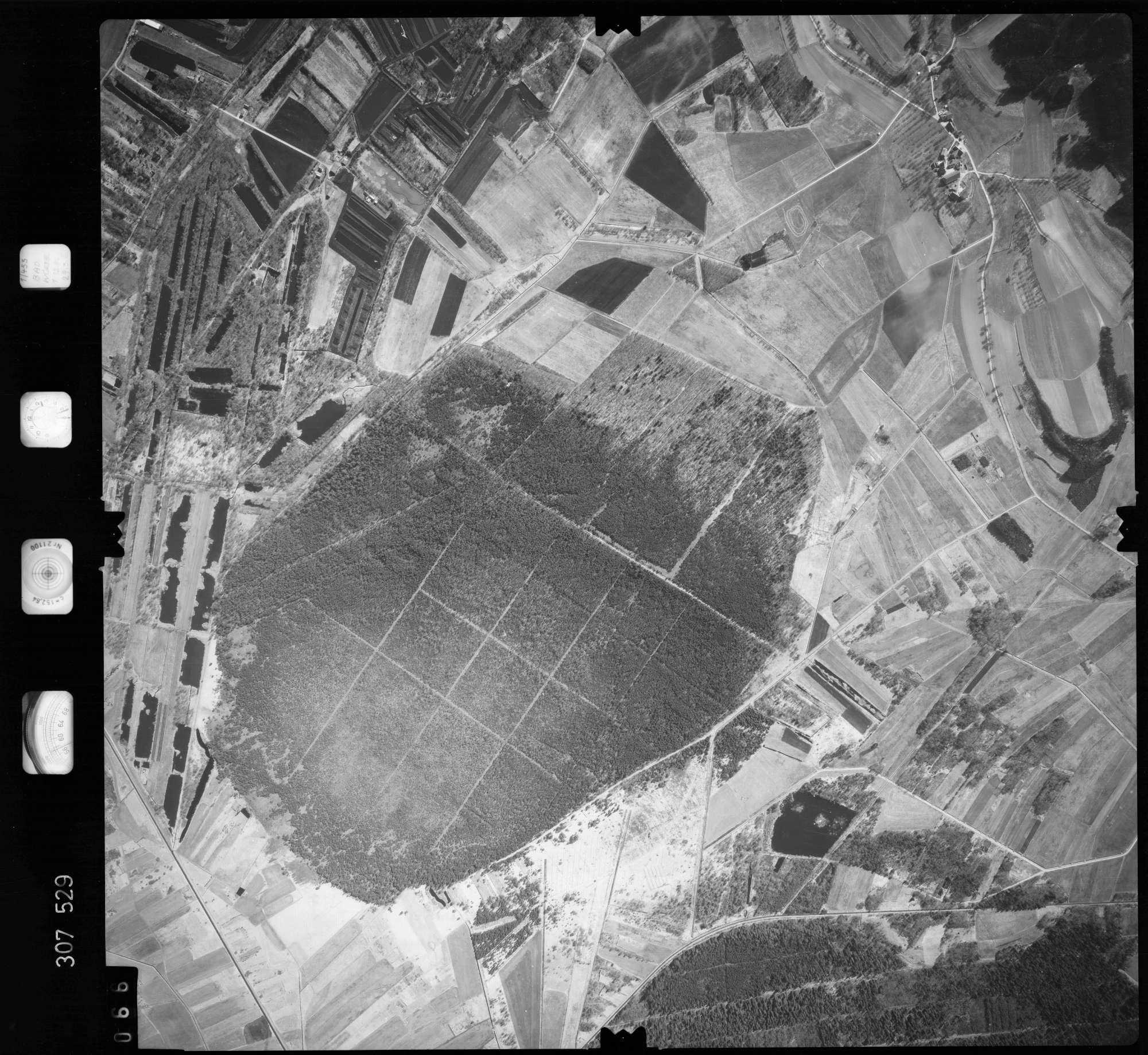 Luftbild: Film 61 Bildnr. 66, Bild 1