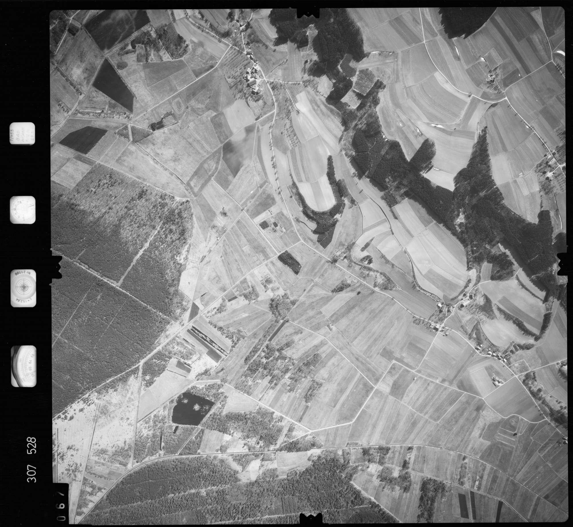 Luftbild: Film 61 Bildnr. 67, Bild 1