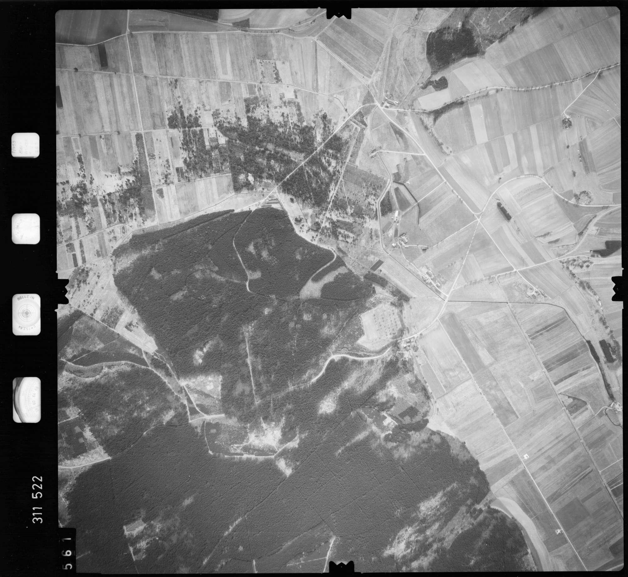 Luftbild: Film 58 Bildnr. 561, Bild 1