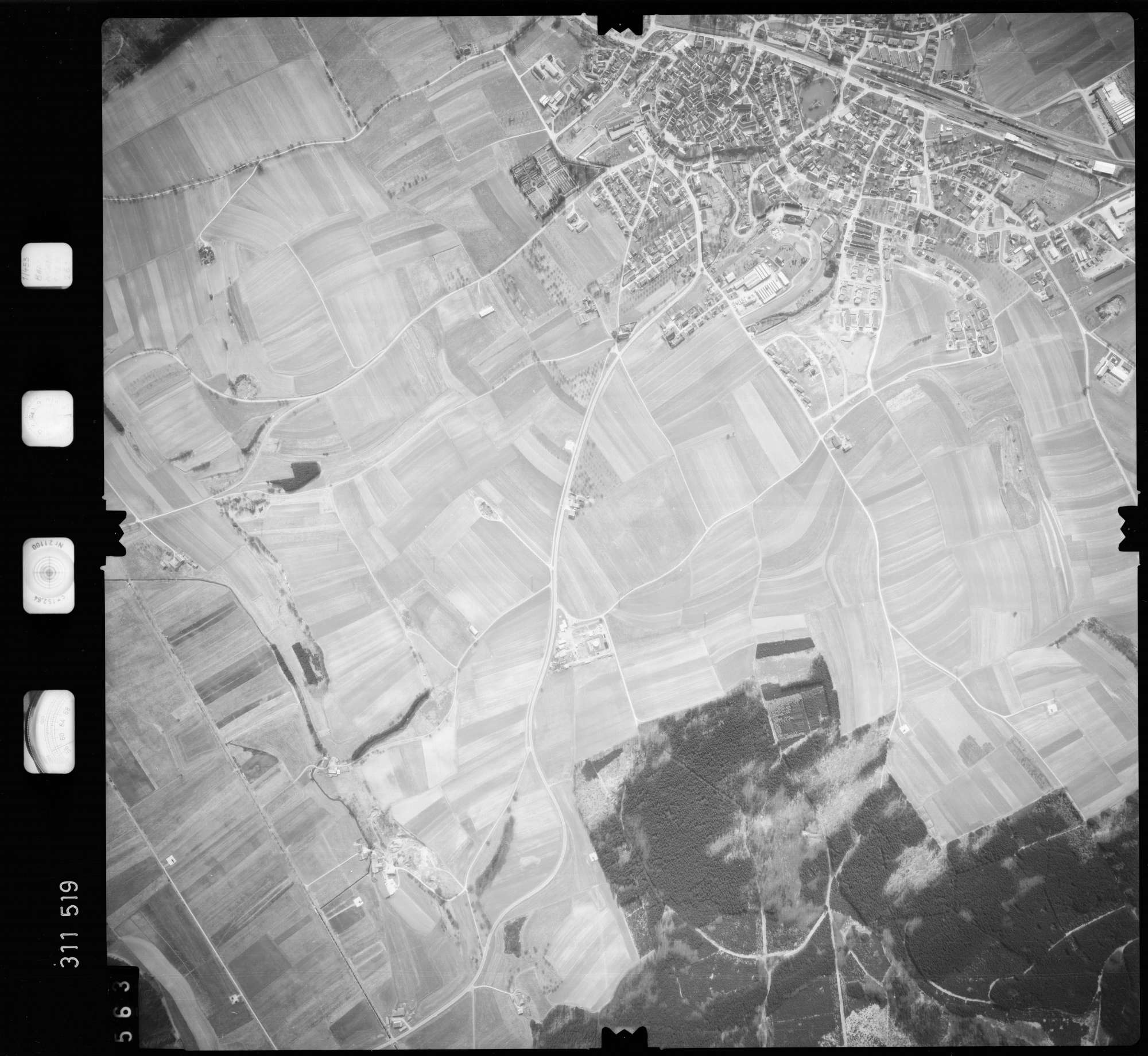 Luftbild: Film 58 Bildnr. 563, Bild 1
