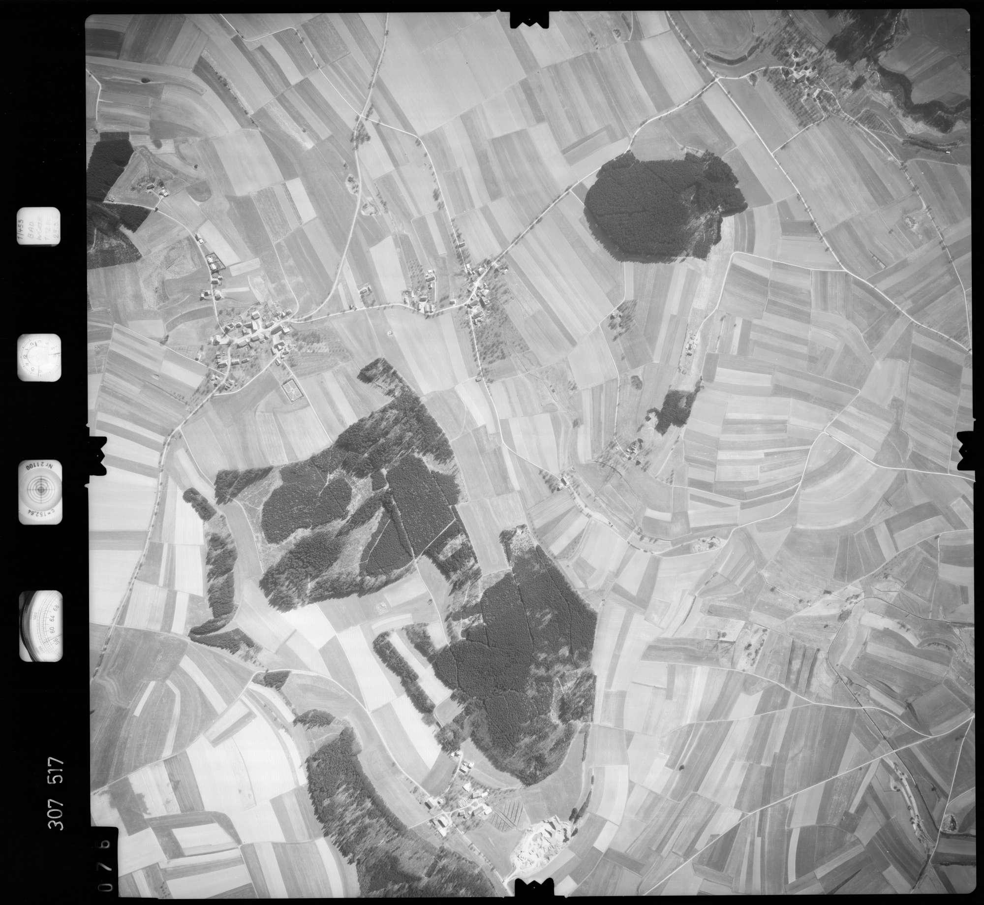 Luftbild: Film 61 Bildnr. 76, Bild 1