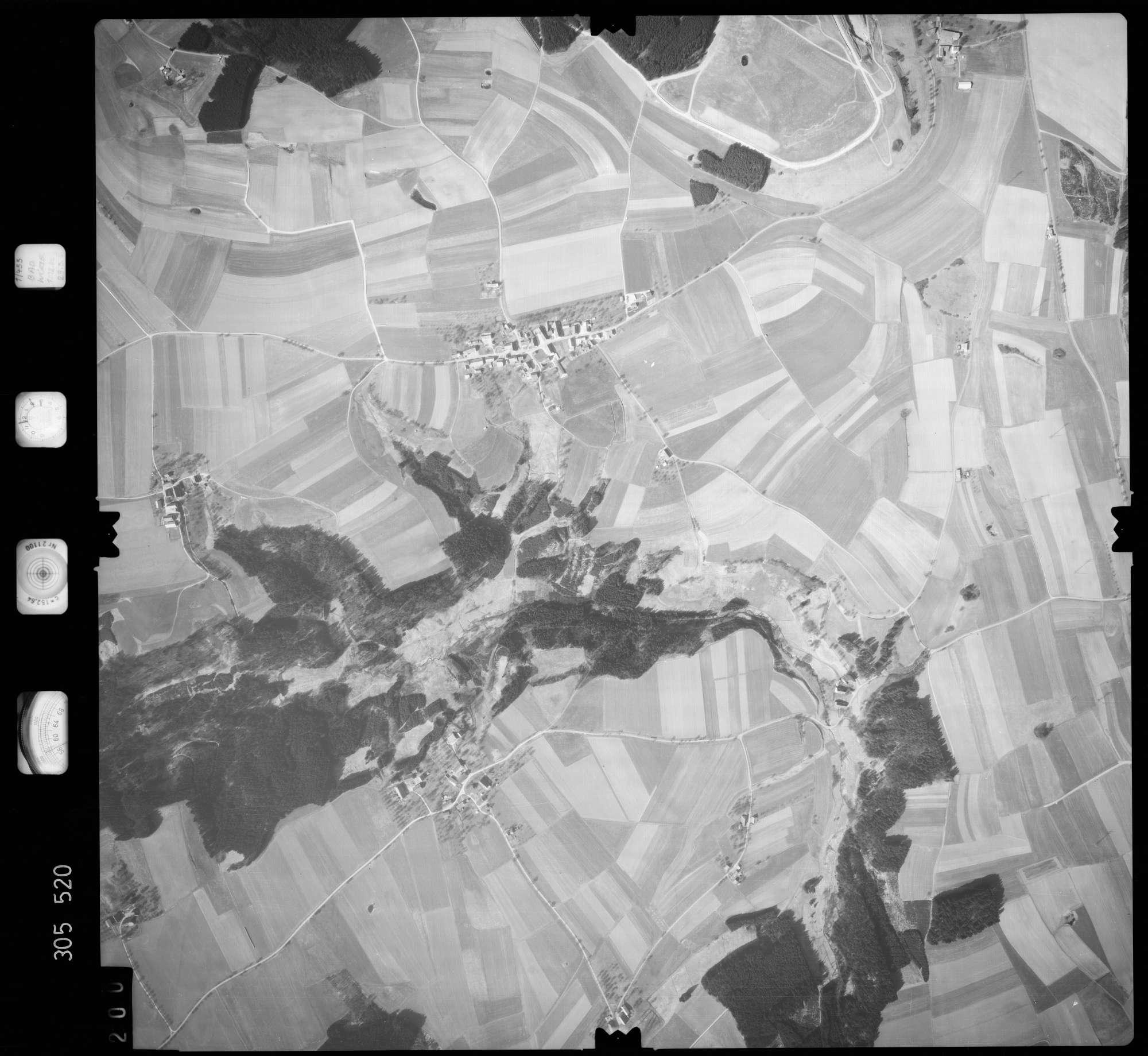 Luftbild: Film 61 Bildnr. 200, Bild 1