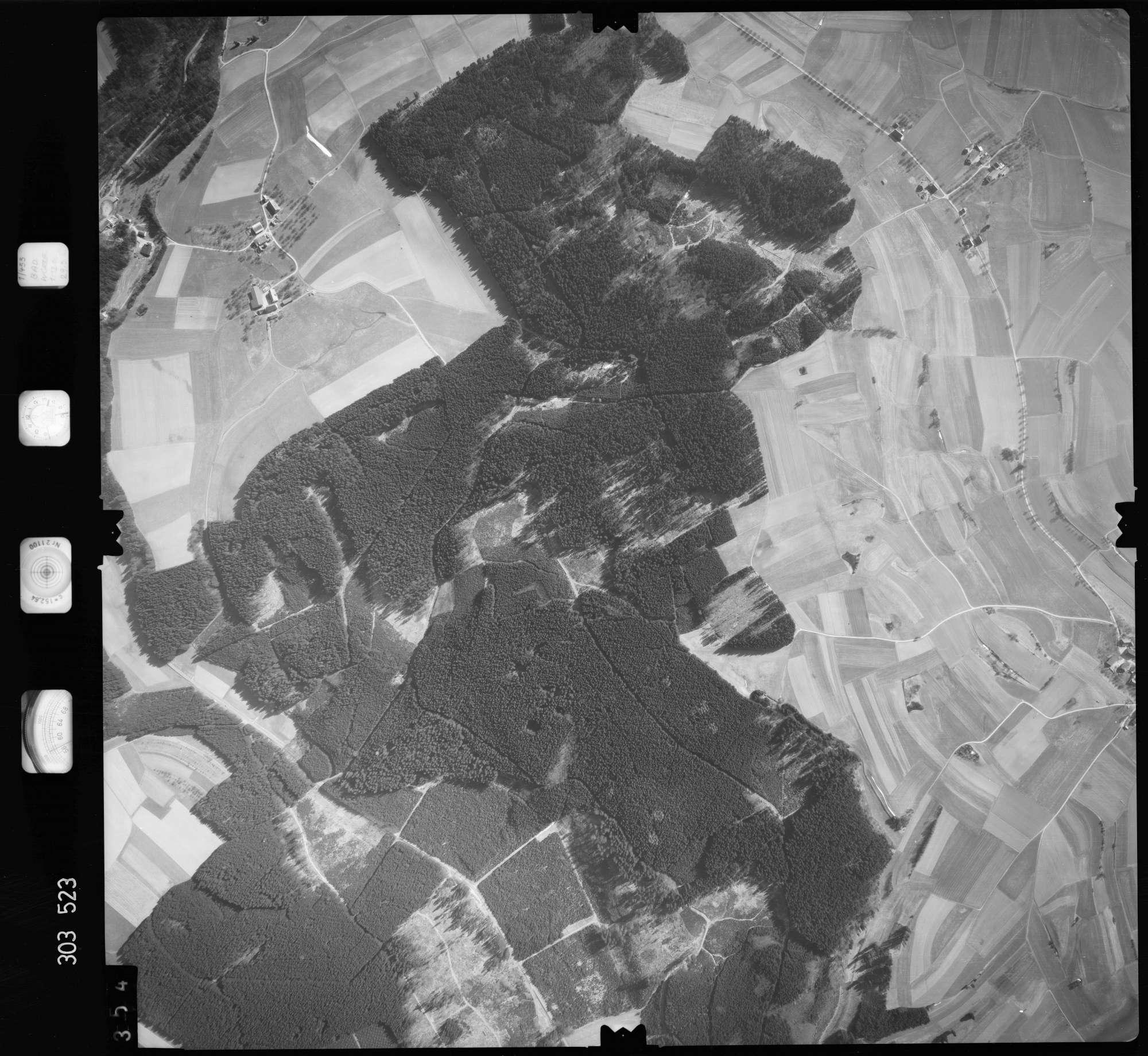 Luftbild: Film 64 Bildnr. 354, Bild 1