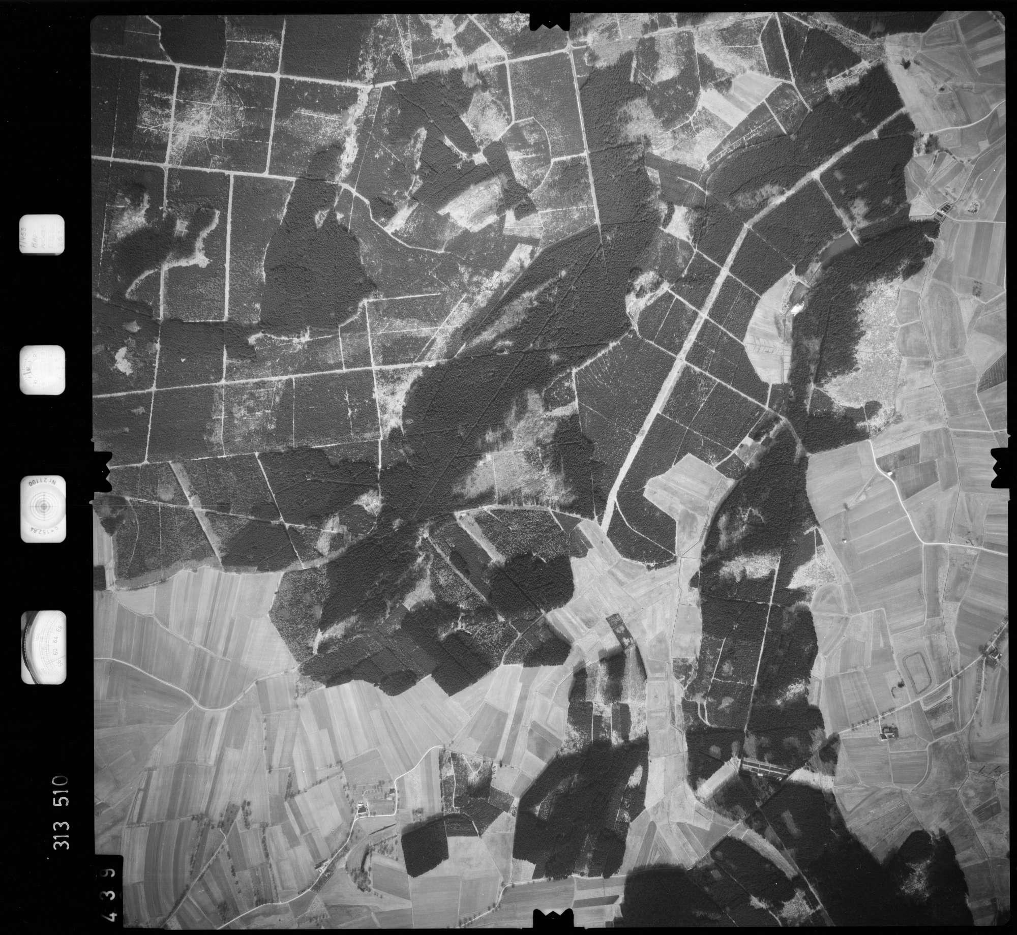 Luftbild: Film 58 Bildnr. 439, Bild 1