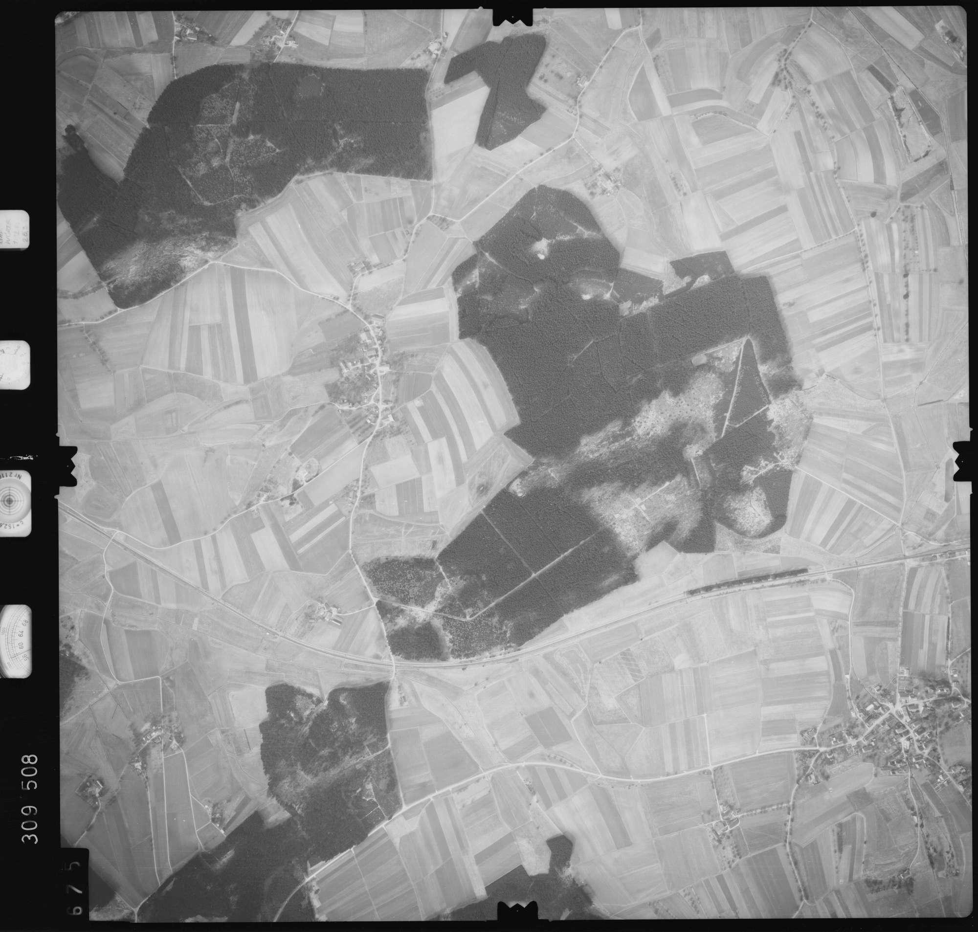 Luftbild: Film 59 Bildnr. 675, Bild 1
