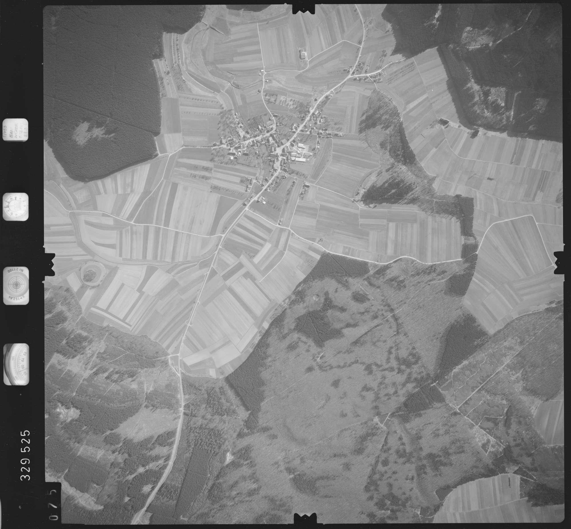 Luftbild: Film 51 Bildnr. 75, Bild 1