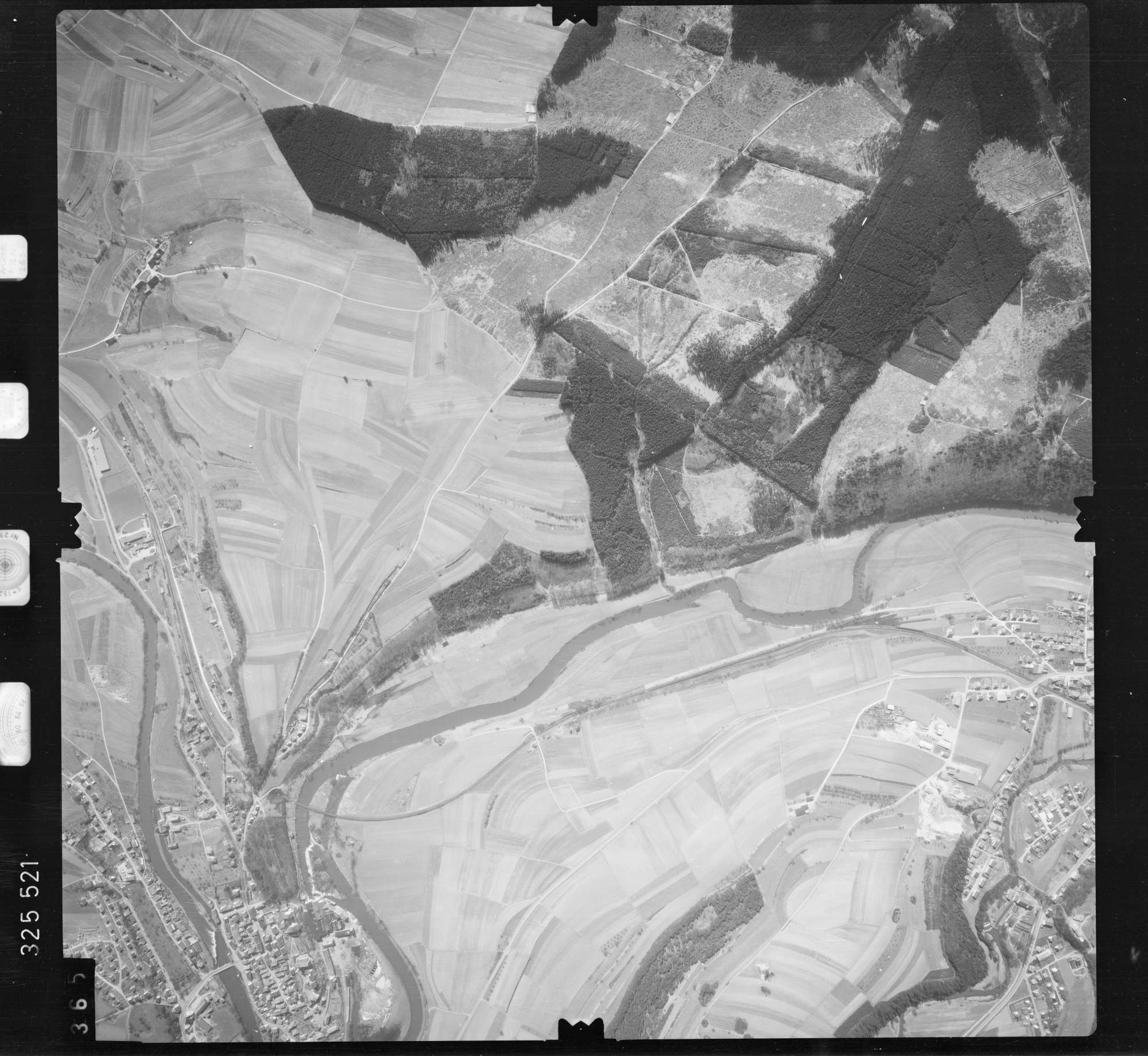 Luftbild: Film 52 Bildnr. 365, Bild 1