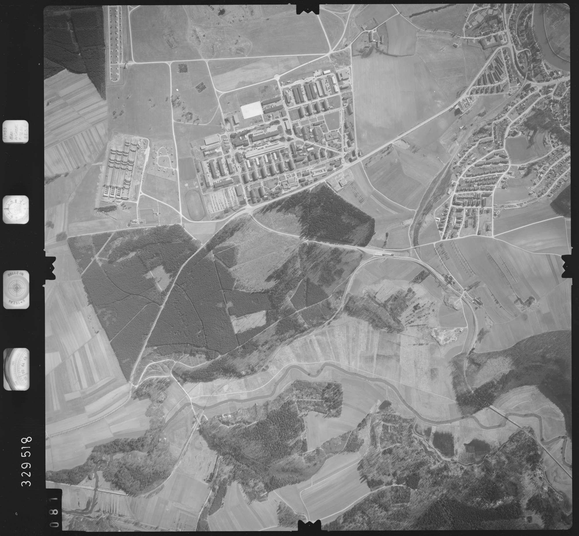 Luftbild: Film 51 Bildnr. 81, Bild 1